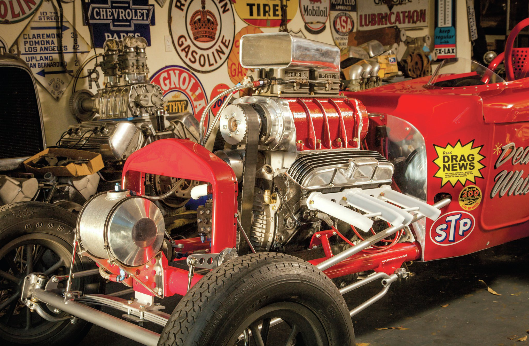 The engine is a combination of original pieces—the block, heads, blower manifold, injectors—and donated parts. Jeff Arnett brought one of his father's original blowers to the build. Rick White fabbed headers to match what his father ran in the day.