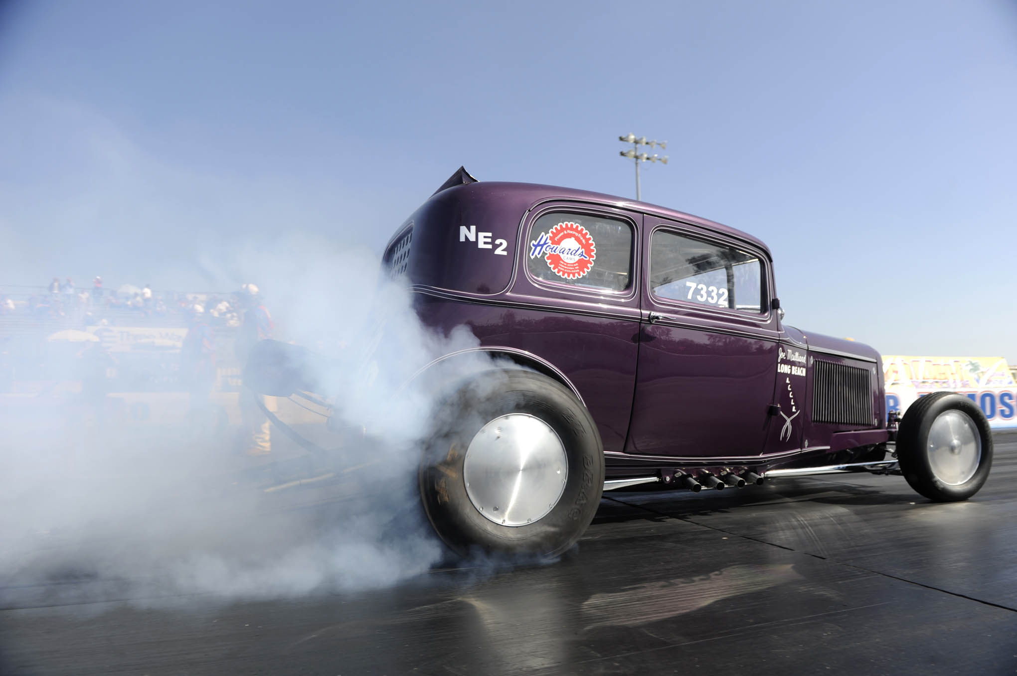 When Bill Workman's Hemi-powered reproduction of the Long Beach Vulcans' club car debuted in HOT ROD, the Vickie seemed way too pretty for serious combat. Bill proved otherwise by battling into the 8.60-indexed Nostalgia Eliminator II final, only to break out in 8.57 seconds (at 154.17) opposite Jeff Crider's right-on 8.606 (149.53).