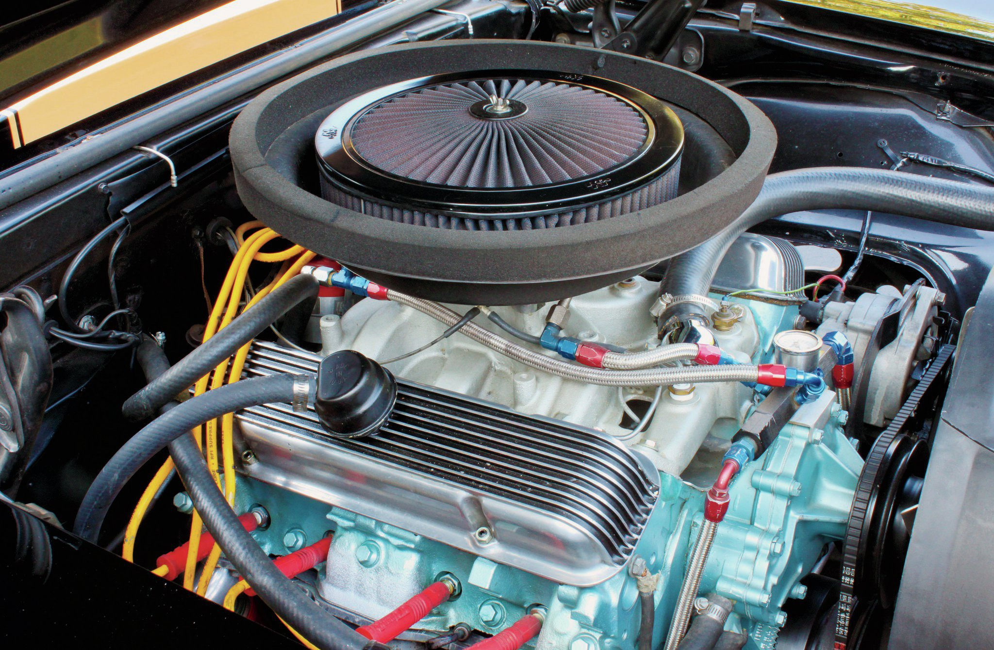 Said to be a favorite combo of Jim Wangers, the 440ci Pontiac mill in the Blackbird was created with the marriage of a 428 crankshaft and a 455 block bored 0.030 over. It's an over-square design that allows the engine to rev quickly while still producing excellent torque.