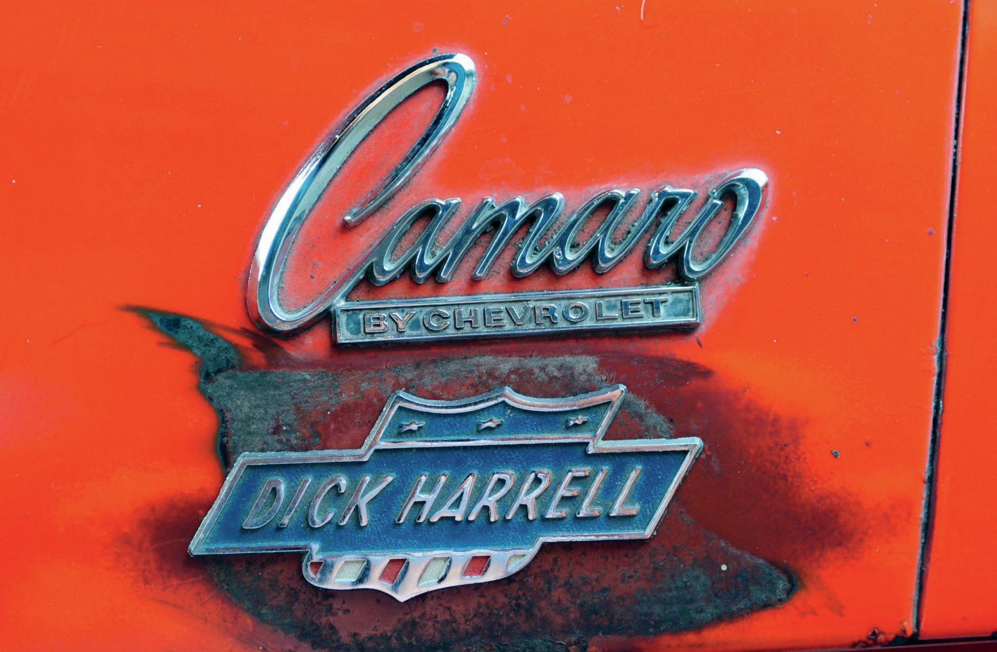 The Dick Harrell name was associated with Don Yenko, with Nickey in Chicago, and with drag racing notoriety. When he teamed up with Fred Gibb, Dick made the decision to offer his own brand of supercar. These tags helped make that branding famous.