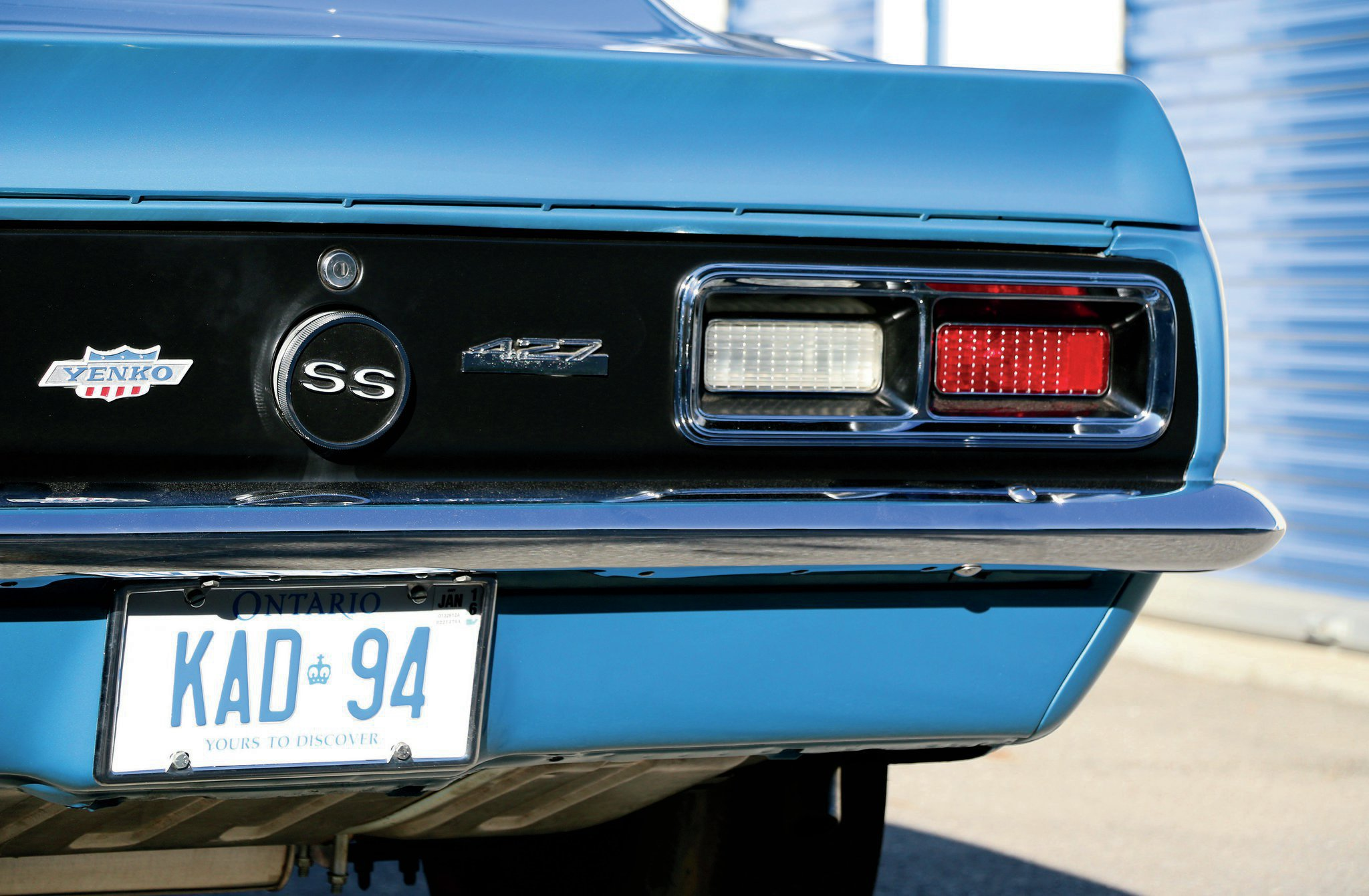 The factory blacked-out rear cove area was the perfect canvas for the Yenko and 427 emblems.