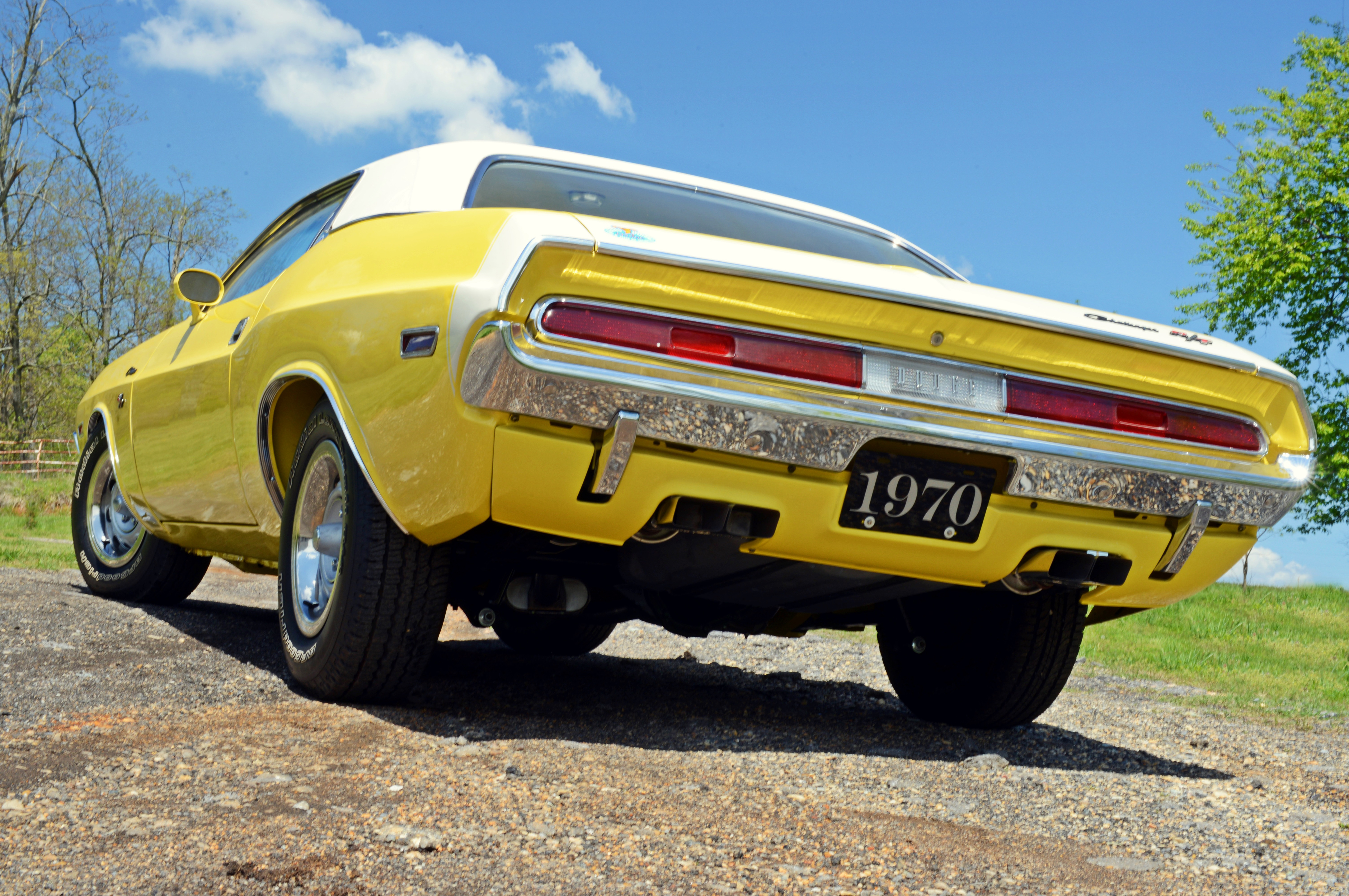 Bill Stone's FY1 Top Banana Yellow Challenger was not only born with the cool combination of a white interior and top; it was also built with the Super Track Pack option. Checking the A34 box got you a bulletproof Dana out back stuffed with 4.10 gears, along with power disc brakes up front.