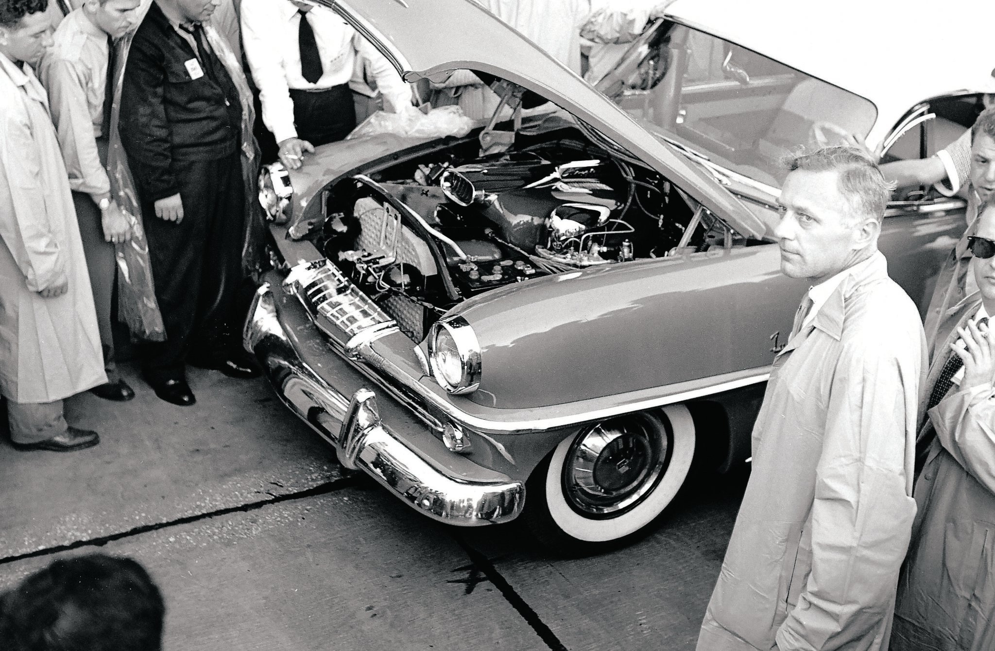 "Chrysler developed its own turbine engine for passenger cars, but many racers used surplus engines from helicopters or planes to build ""jet"" cars."