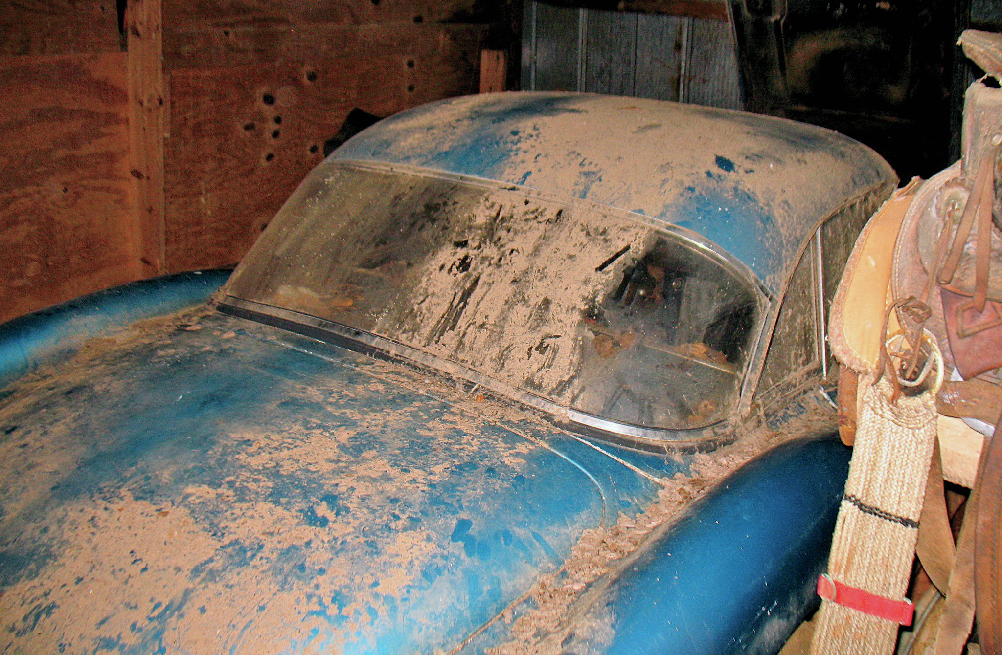 The '59 Vette was walled up inside an inner structure inside a barn.