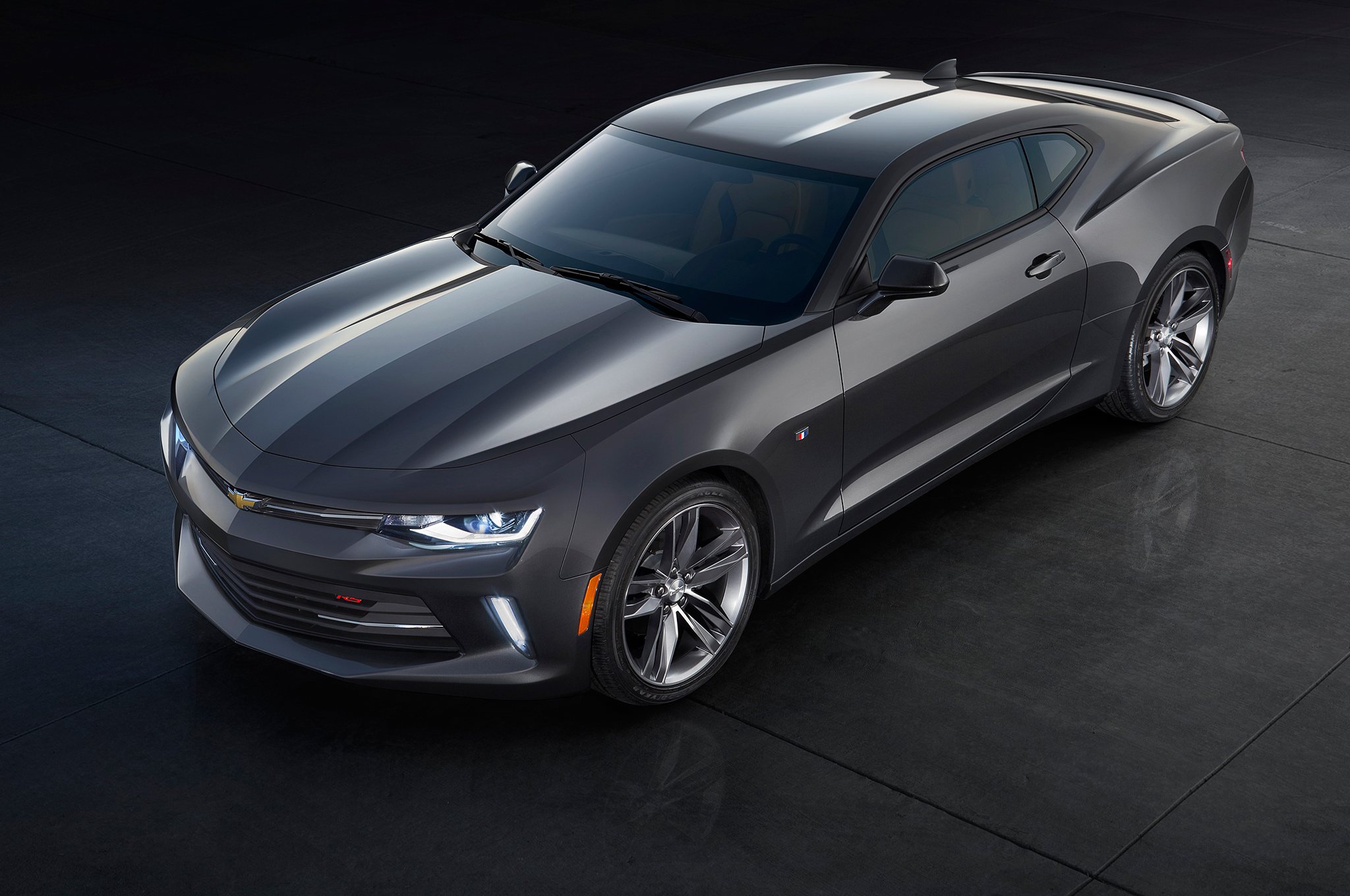 2016 Camaro styling is evolutionary, with much greater attention to detail than the Gen 5. It has a tauter, shrink-wrapped appearance that is very apparent when viewed in person. You can tell this one is an LT model because it doesn't have hood vents exclusive to the SS.