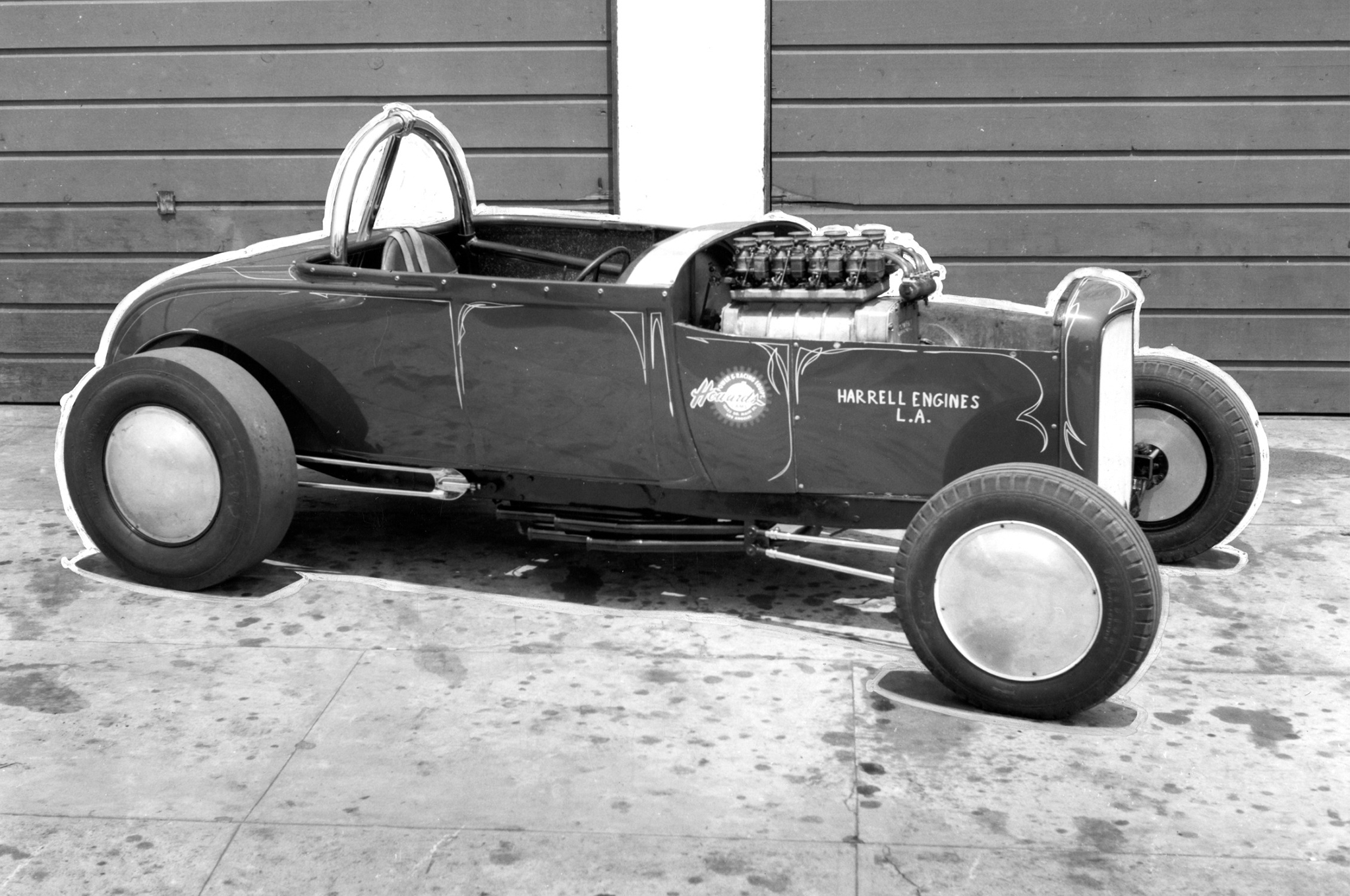 Dave Scott photographed the Harrell Engines' roadster for a story in the July 1960 issue of HRM. It was a 144-mph record run at Lions that got the magazine's attention and earned the Harrells a feature on the car.