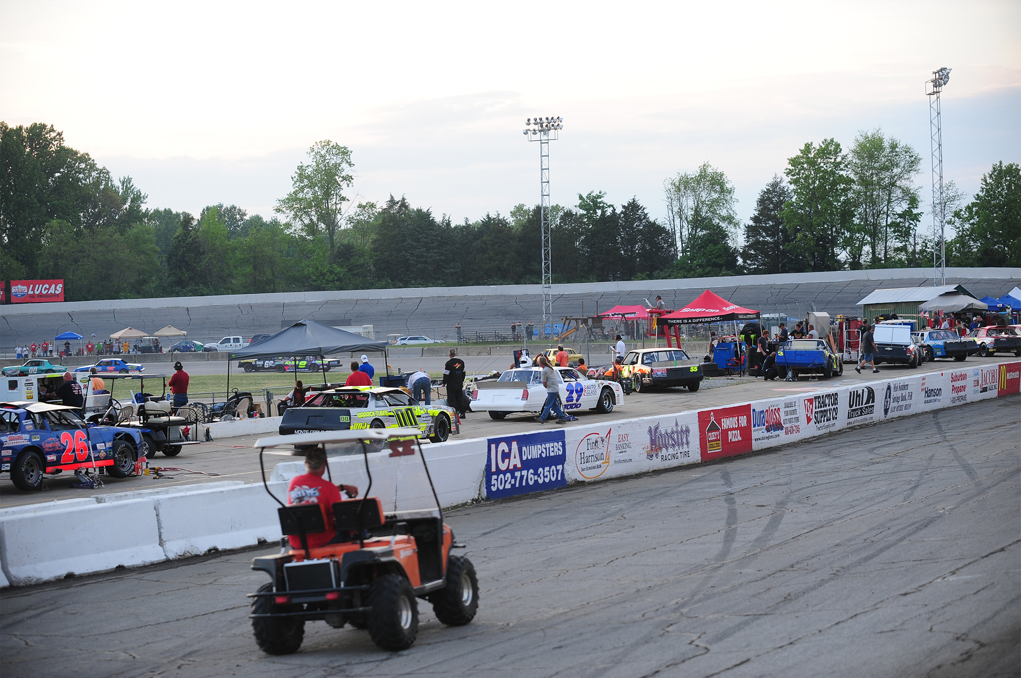 You can see Salem's Pure Stock support division running on the inside oval in this shot of the G.A.R.S. cars on pit road. In addition to the Pure Stocks, we also ran the Four Cylinder class to the delight of the fans. At a G.A.R.S. race there's always going to be on track action happening.