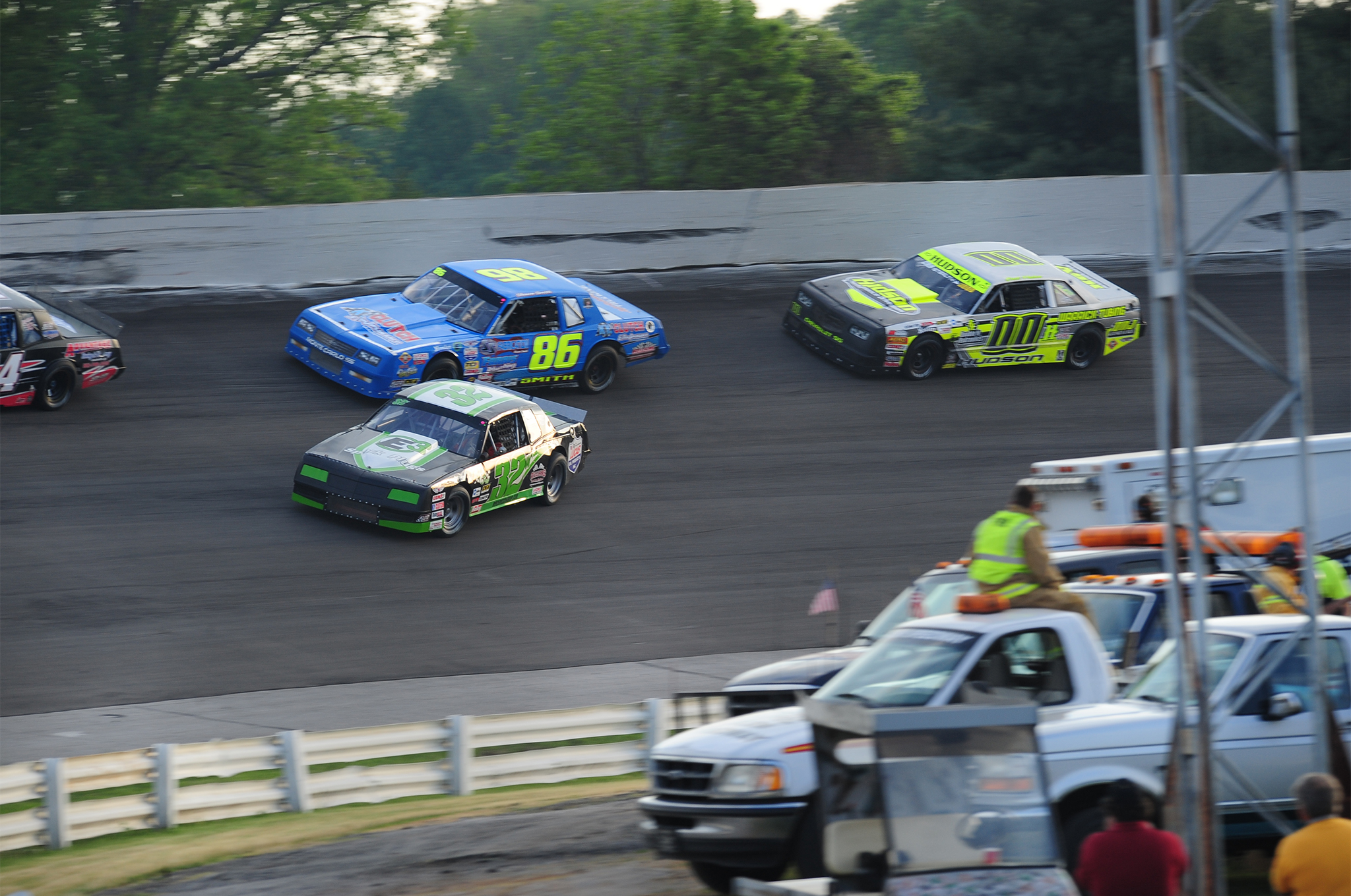 """I got greedy,"" says Roger Williams (#32), who tried to dive under Will Kimmel (#44) for the lead in heat race number 2. Williams saved it and continued on but both Shawn Smith (#86) and Brett Hudson (#00) got by."