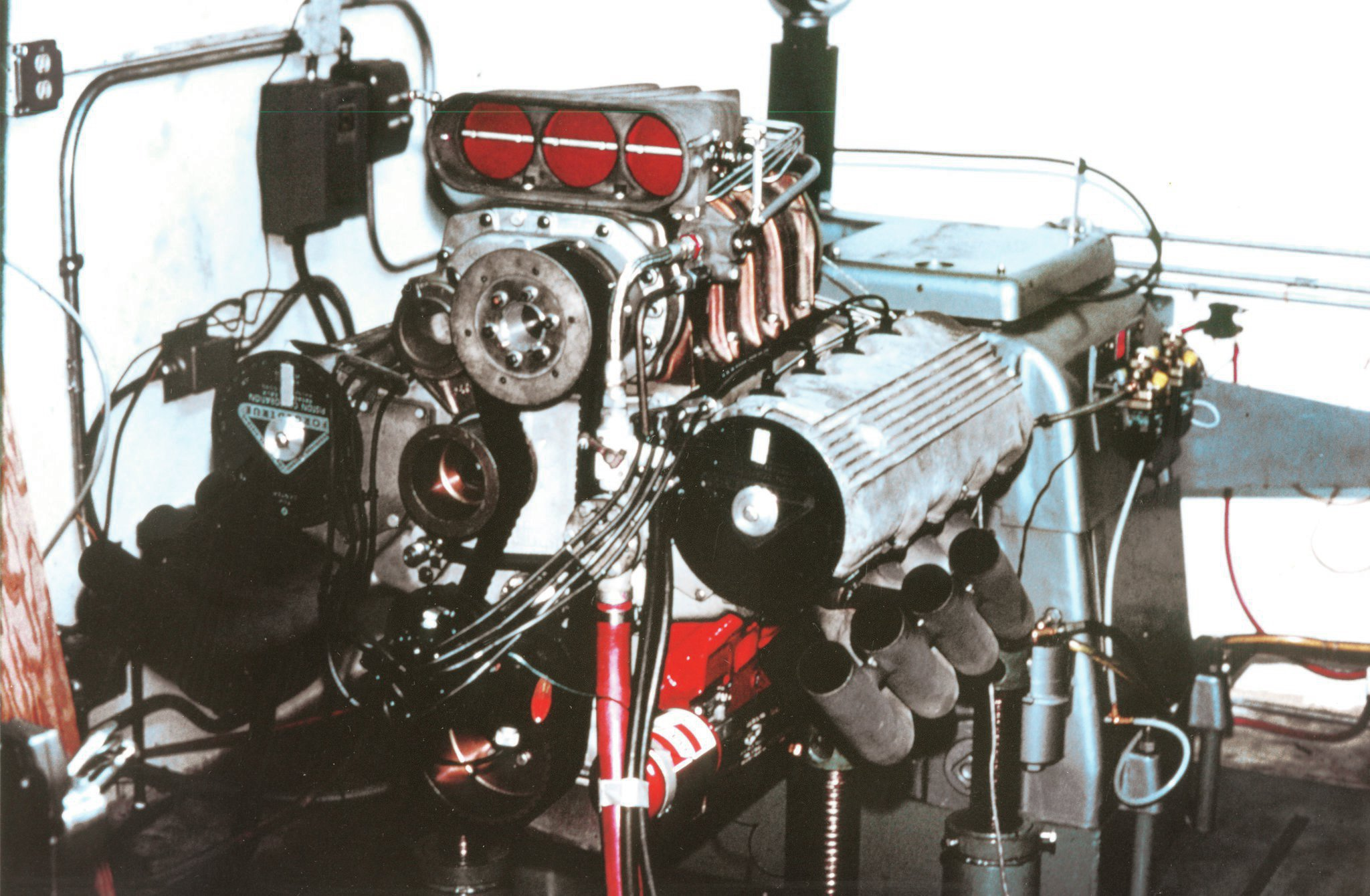 Harvey Crane made his dynamometer available so Pete could validate the theory that cam-chain stretch was retarding timing and exploding his superchargers. For proof, he rigged degree wheels, a strobe light, and an 8mm movie camera to record the phenomenon.