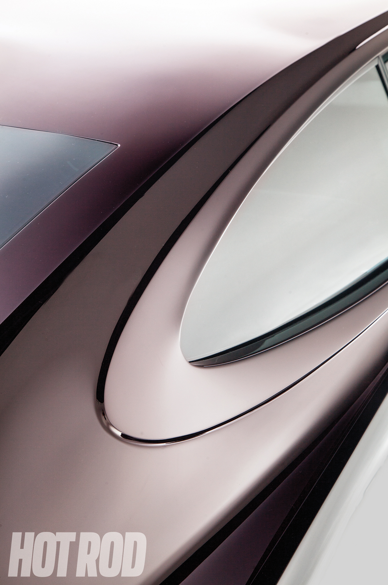 This bodyline is factory AMC, although it would have been covered by stainless trim. Bruhn removed the trim and allowed the bodyline to be a focal point.