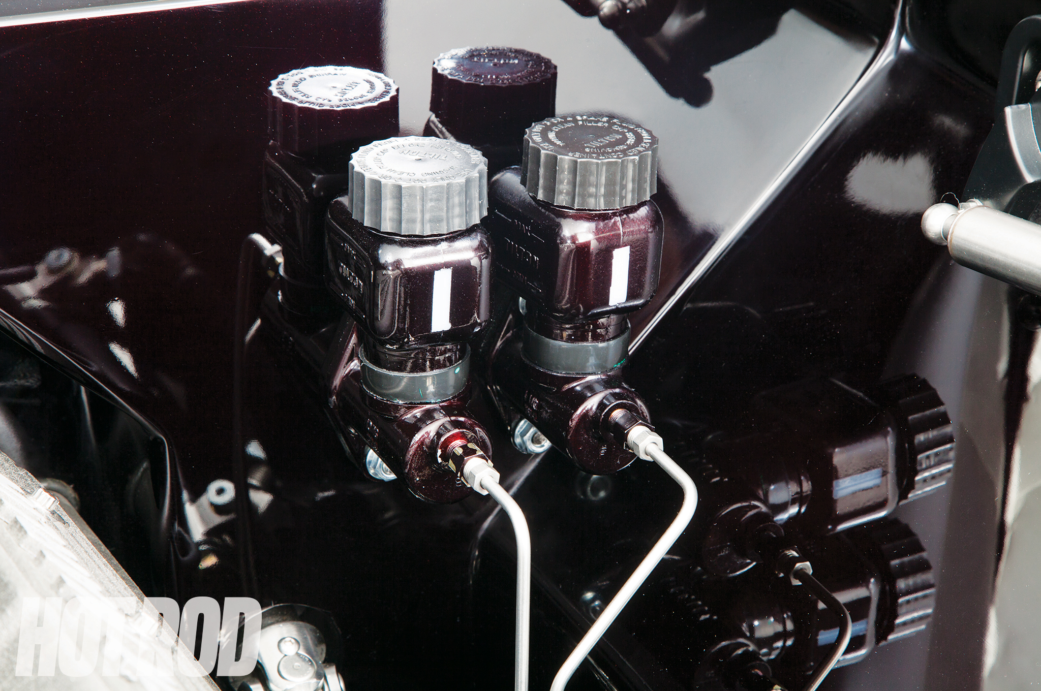 A Tilton master cylinder provides the hydraulic pressure for 14-inch Wilwood brakes at all four corners.