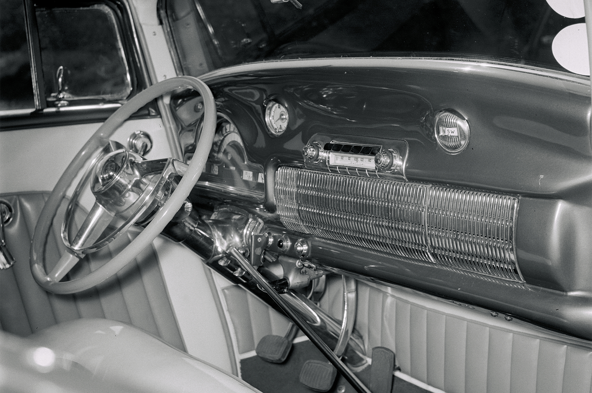 "Breece used a narrowed '52 Olds dash in his coupe, a massive piece of metal ""that must weigh close to 100 pounds,"" says Bill. Among the changes Breece made to the dash was molding in the clock and compass."