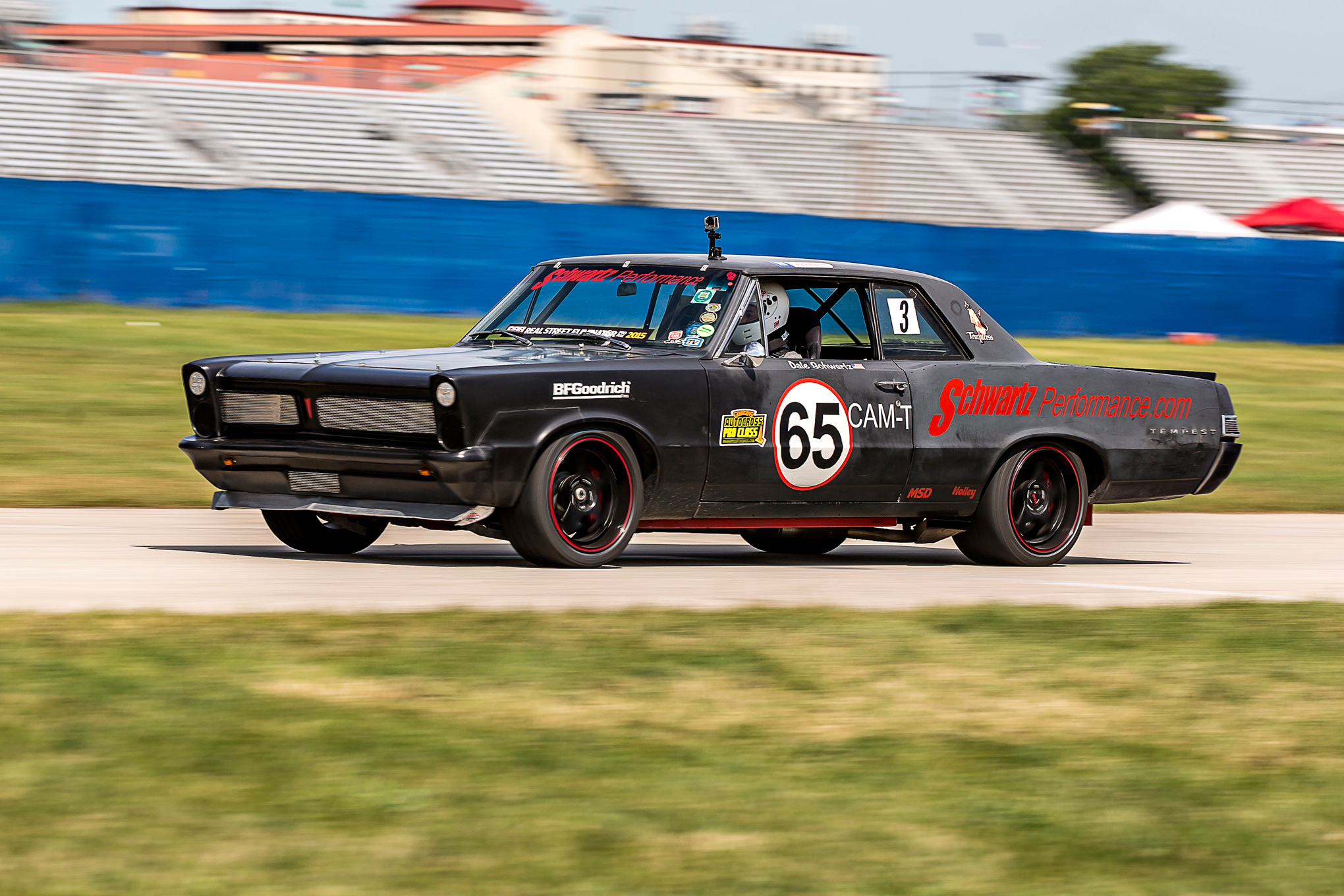 The 1965 Pontiac Tempest of Dale Schwartz proved its old iron still had plenty of fight in it, checking in only a few tenths behind his pop's unworldly Z06 in the autocross.