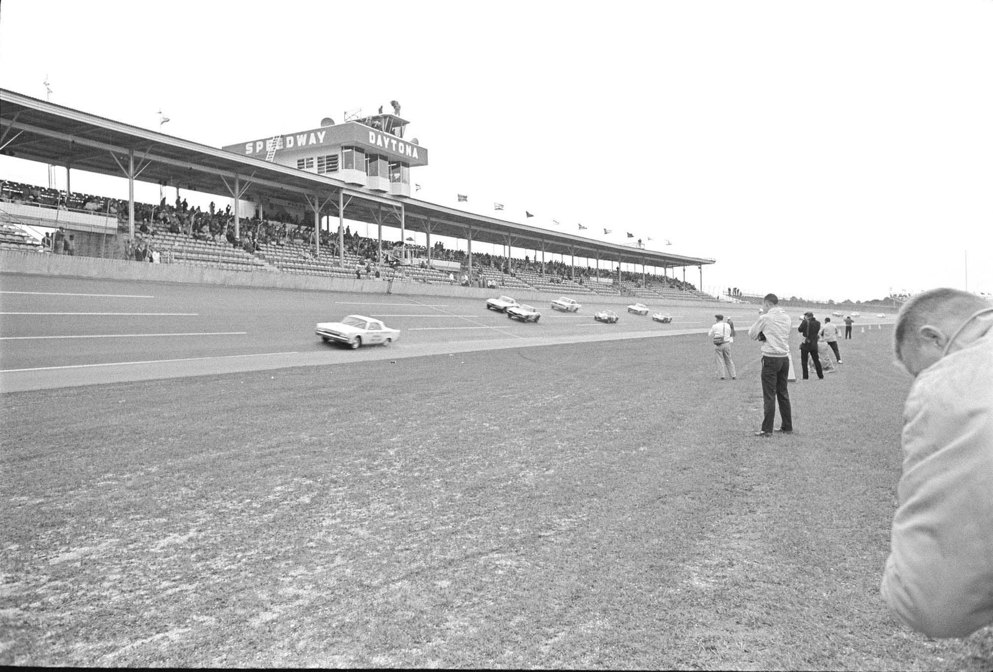 Only 12 cars began the American Challenge Cup race.