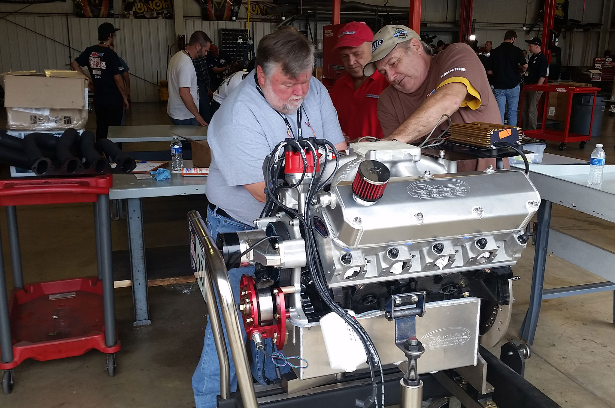 Mike Phillips and Randy Malik help prepare the 385-Series big-block Ford entry of Freelander Race Engines/Oakley Motorsports. On a dollar-per-cube basis and endowed with big-flowing Kaase P-51 heads, a big-block 385-Series is easy on the wallet and sharp on the street.