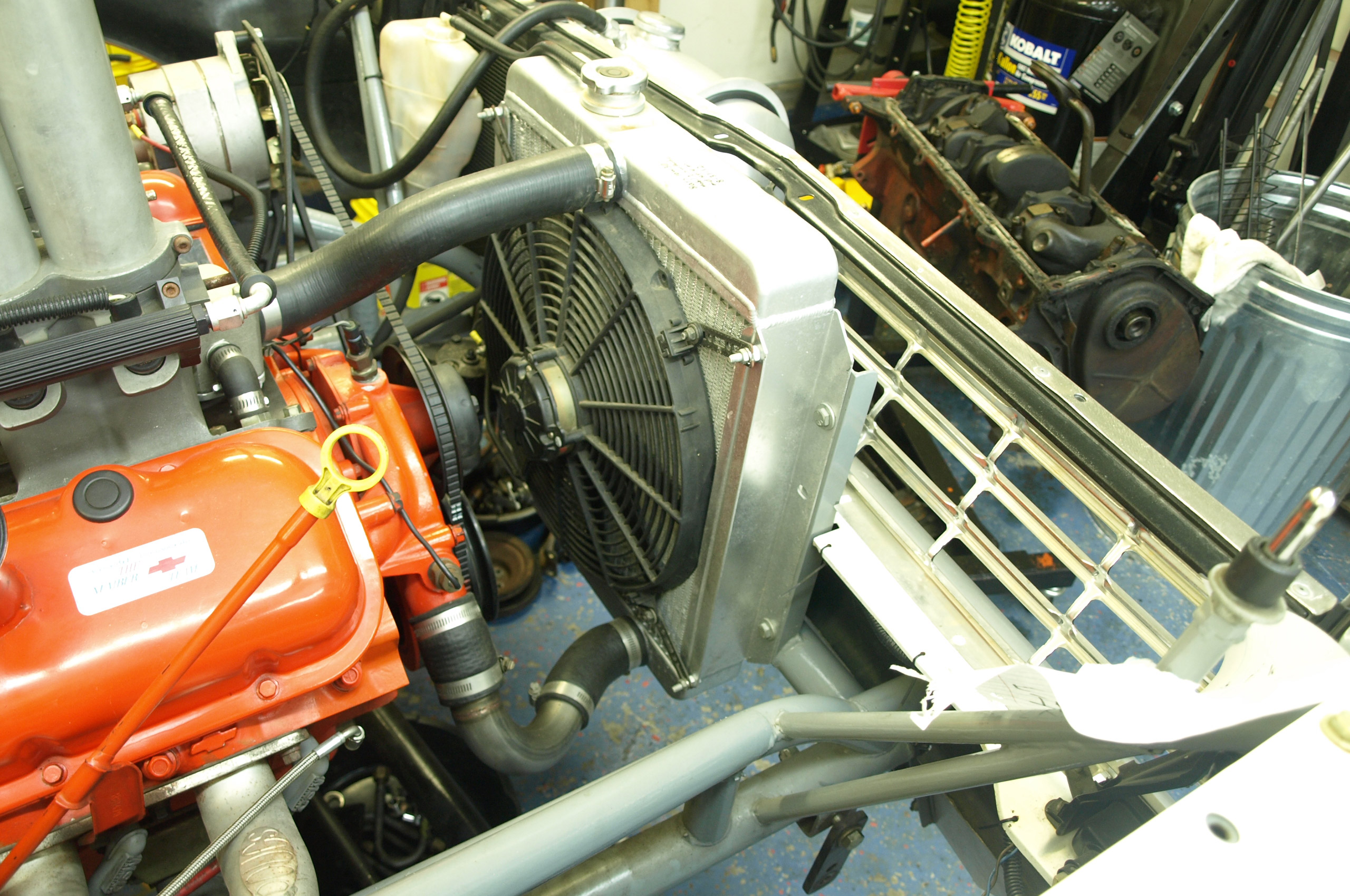 High Performance Cooling System 101 Keep Your Cool Hot Rod Network Pontiac 3 4 Engine Diagram Temp Sensor Heres Proof You Dont Need A Huge Radiator To Things Built Participate In The 2001 Power Tour Didnt Happen This 1719 Inch