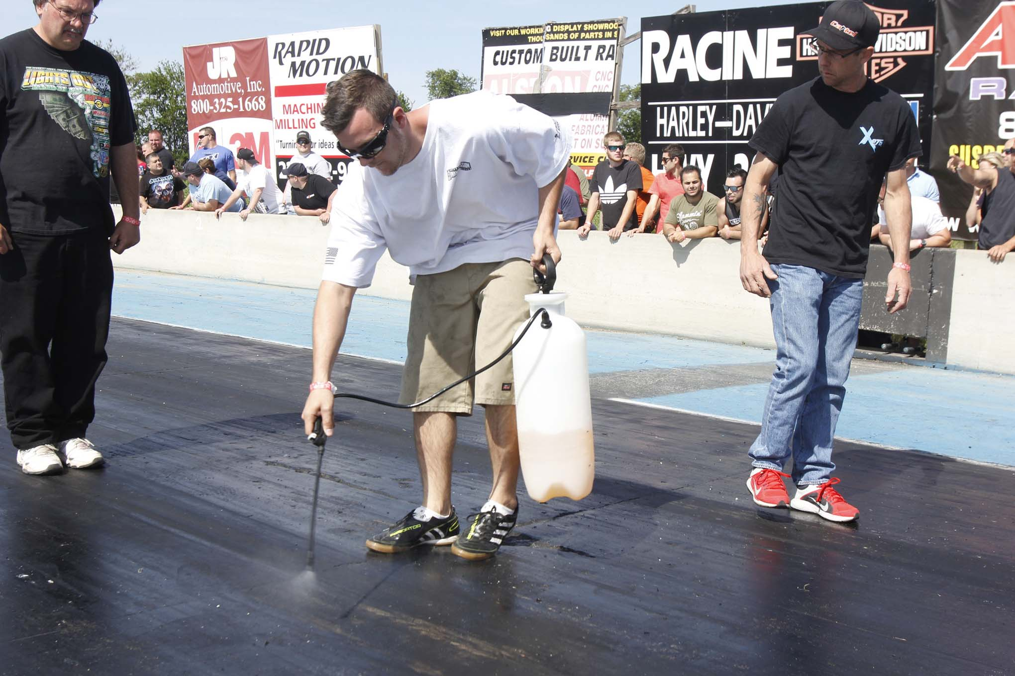 Traction compound is only allowed in the burnout area, so the track feels like a prepped surface up to the starting line. Jason Rueckert told us that even at a no-prep race, the traction compound tends to be carried out to about the 60-foot light.