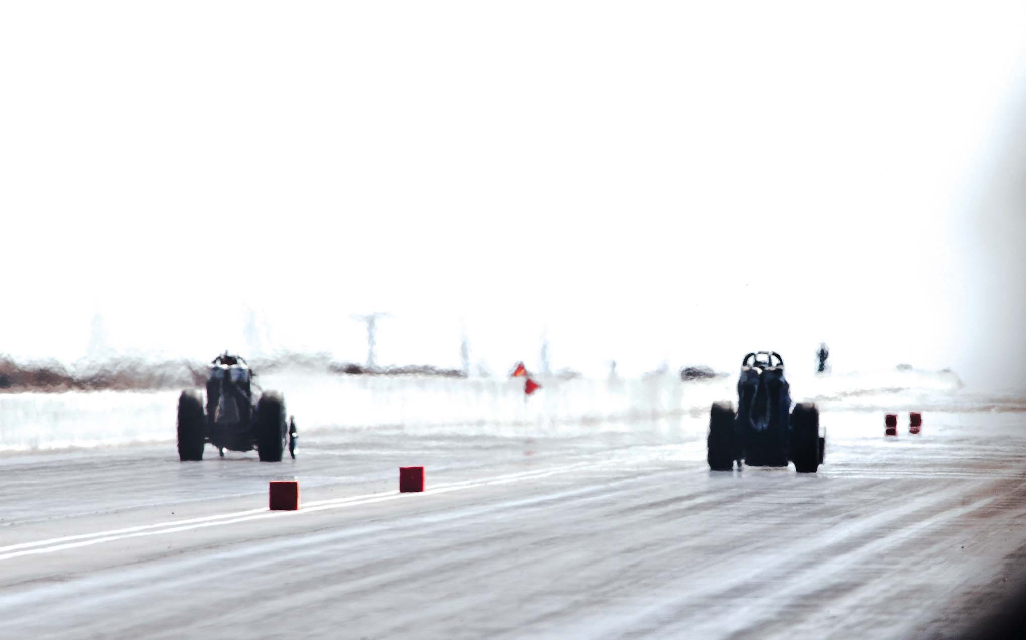 Awww…the glorious shimmer and the haze of Top Fuel dragsters.
