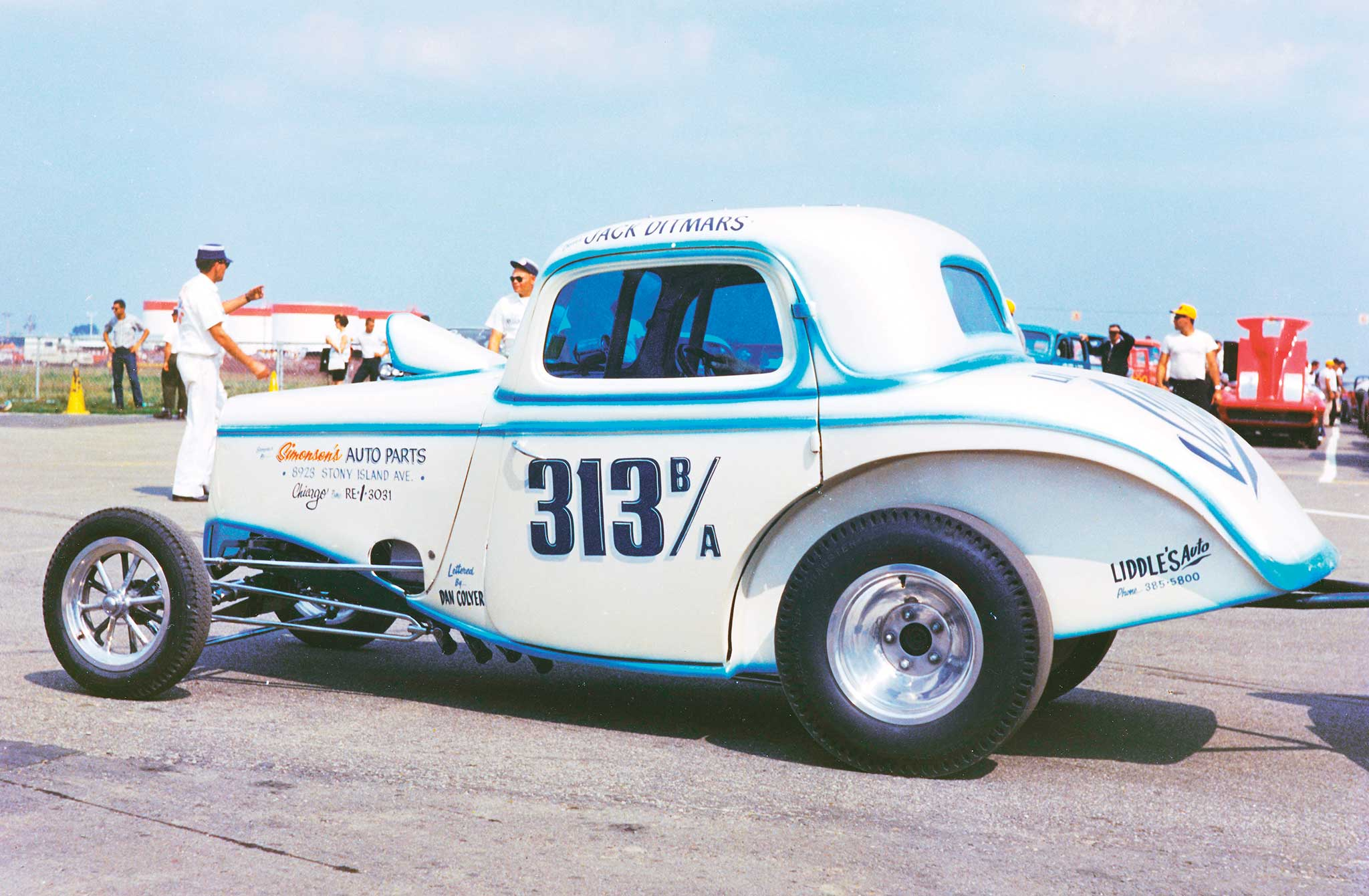 Chicago's Jack Ditmars' heavily modified 1934 Ford was a popular Comp Eliminator racer. Ditmars was noted for wild wheelstands as he rowed through the four-speed. He gained further fame with Der Mini Brute, a normally aspirated, Chevy-powered Opel alcohol Funny Car.