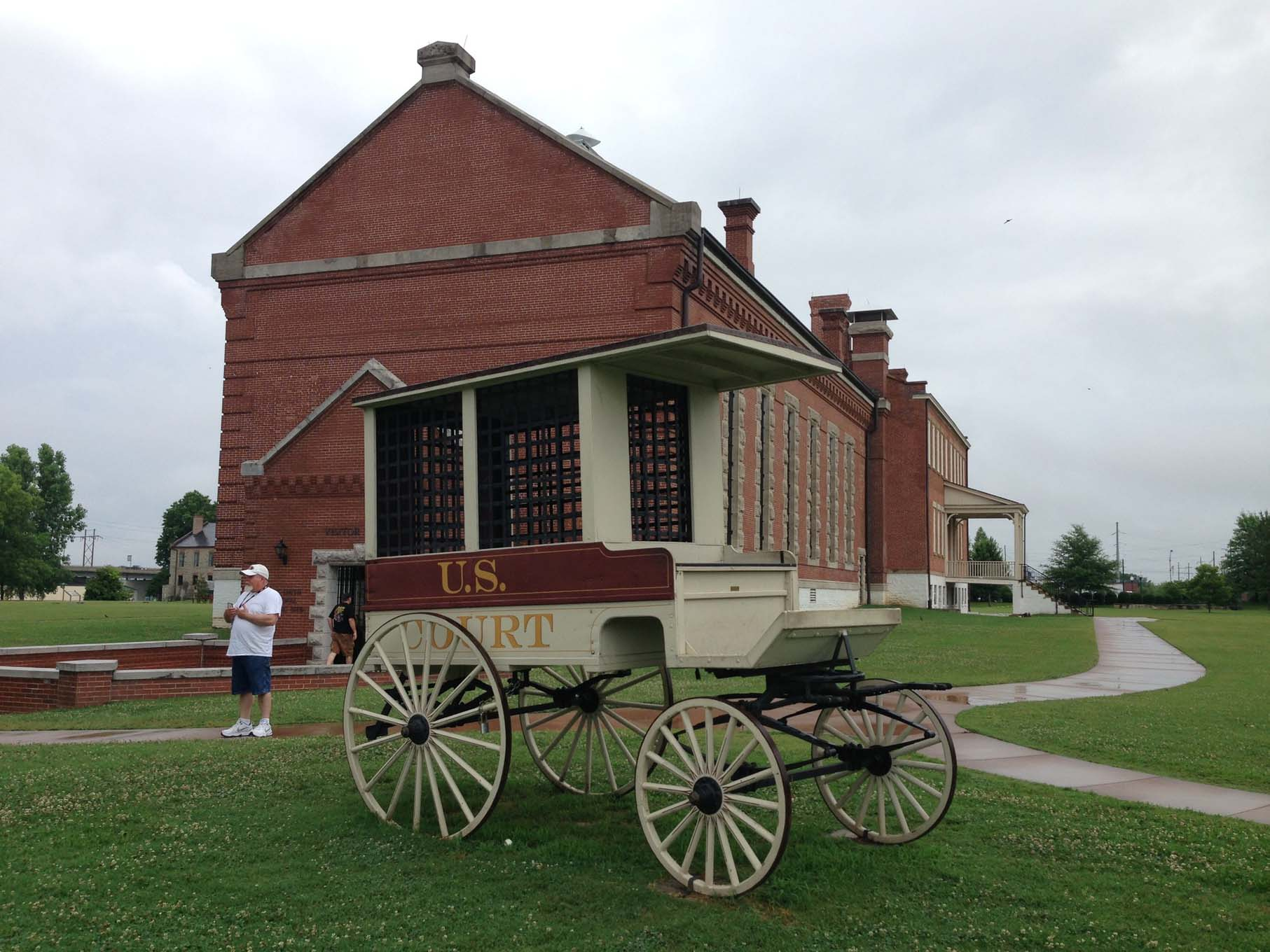 We always like to have a little history lesson on the tours. Tuesday morning we visited Historic Fort Smith in Arkansas. Fort Smith was one of the earliest outposts during the expansion of the United States westward.