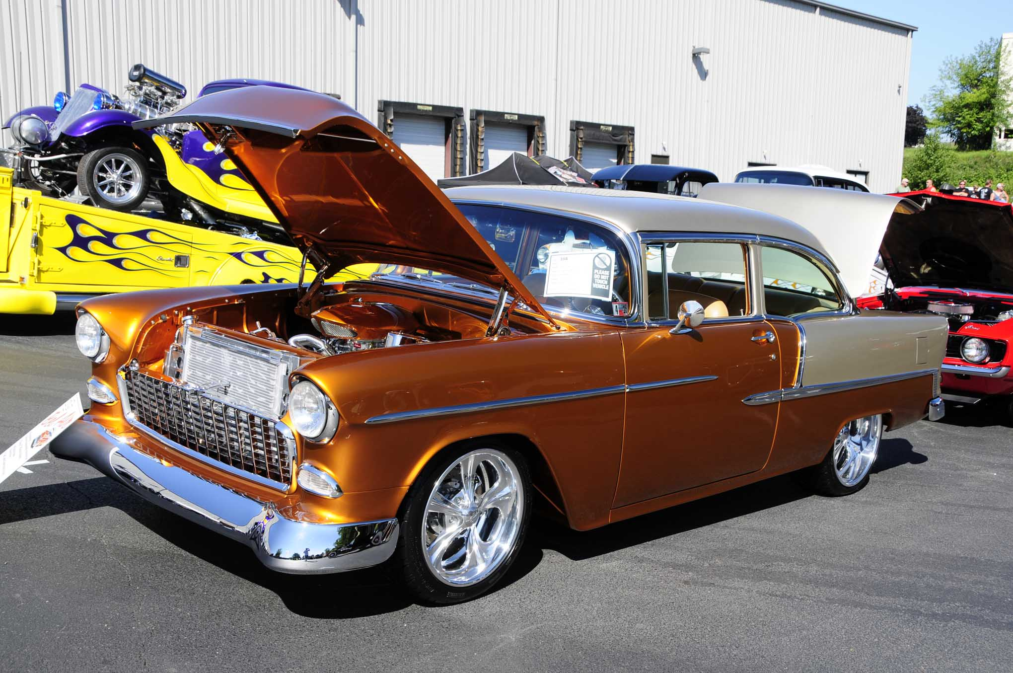 Another recipient of the STREET RODDER Editor's Choice Award went to the 1955 Chevy Bel Air with a carbureted and highly detailed small-block V-8 belonging to Wes Cassel.