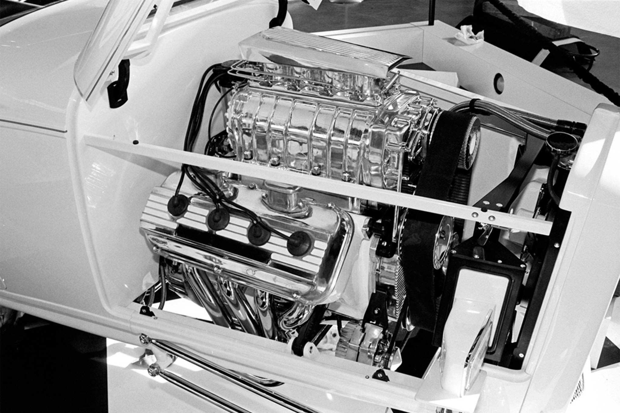 The blown, injected Hemi that enthusiasts saw in Oakland had previously powered Gary's dragster.