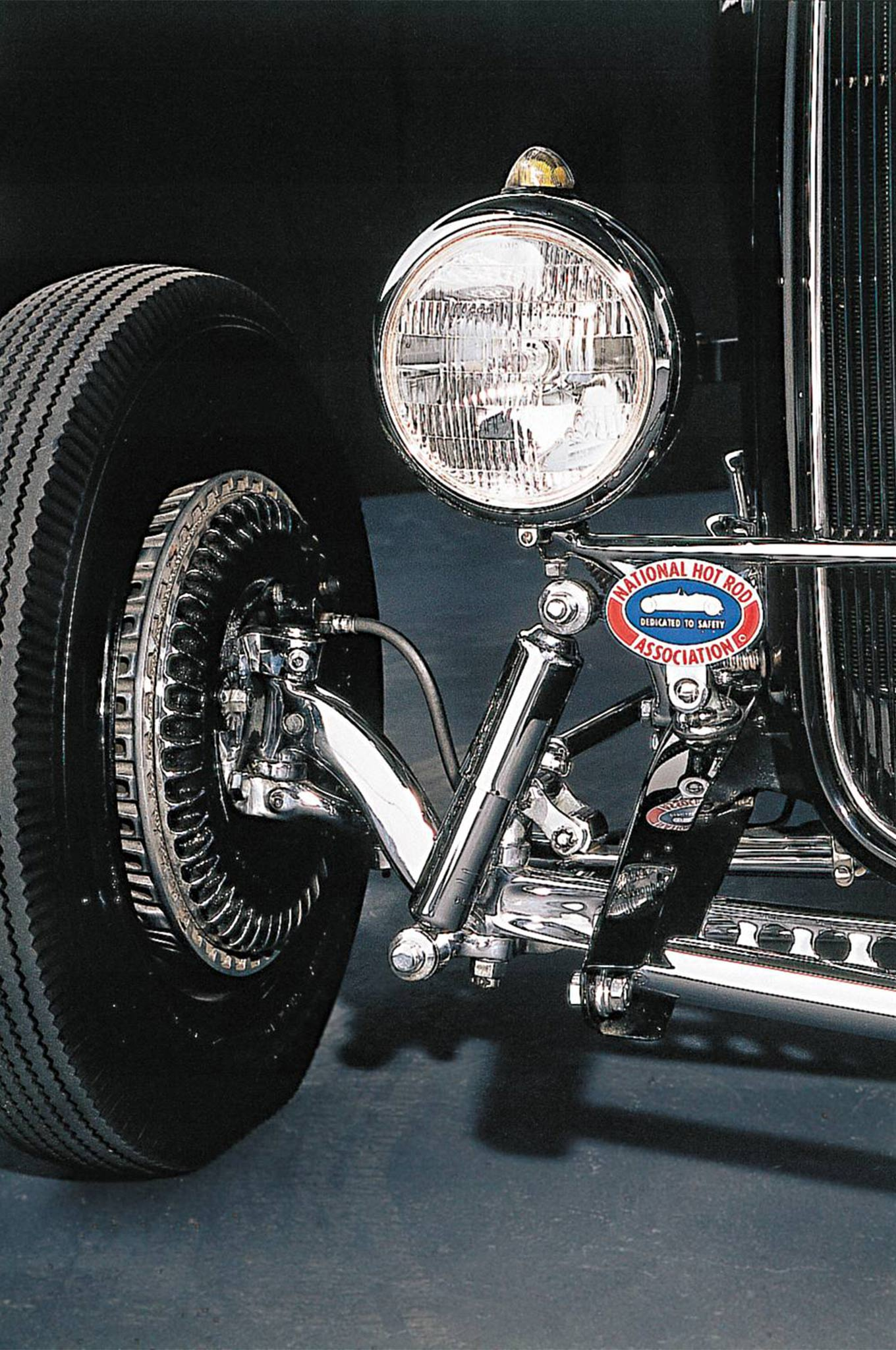 """Properly installed, as they are on author Ken Gross' '32 Ford roadster (shown here), Kinmont Safe Stop Disc Brakes are very attractive and they work extremely well. An old """"Oakland Roadster Show"""" trick was to chrome-plate the backing plates, and then rub off some of the paint, exposing the cooling fins. Interest in nostalgia hot rodding has driven Kinmont prices through the roof. If you've got a set, think of them as an aluminum annuity."""