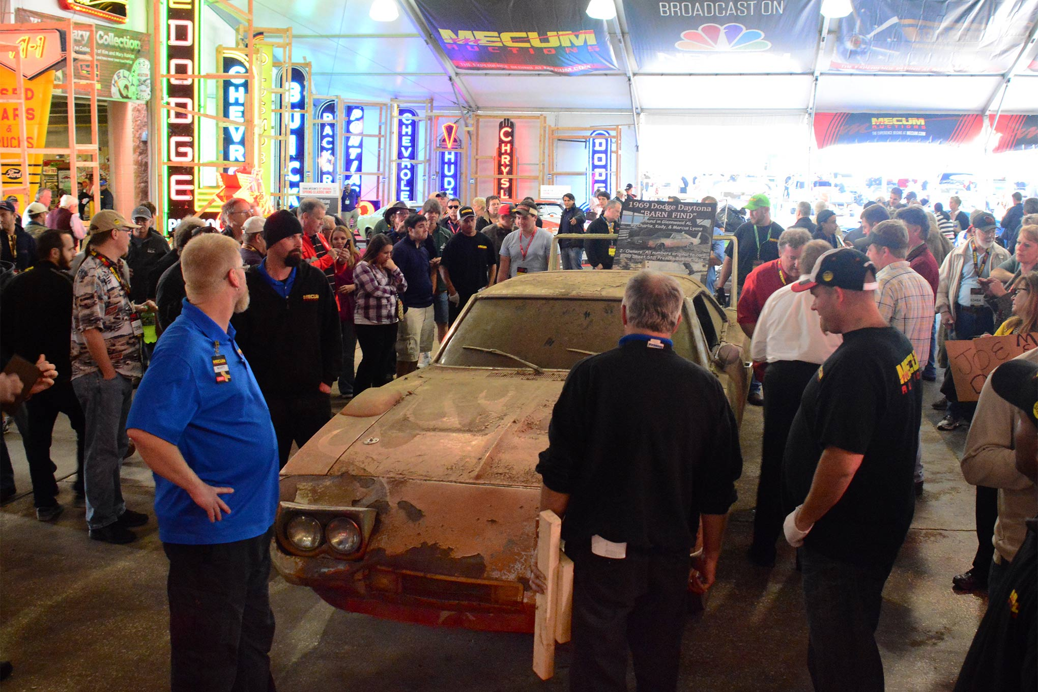 As the barn find Daytona prepared to go into the actual auction hall from the pre-stage area, the atmosphere was charged with excitement. What would the car bring in real-world dollars?