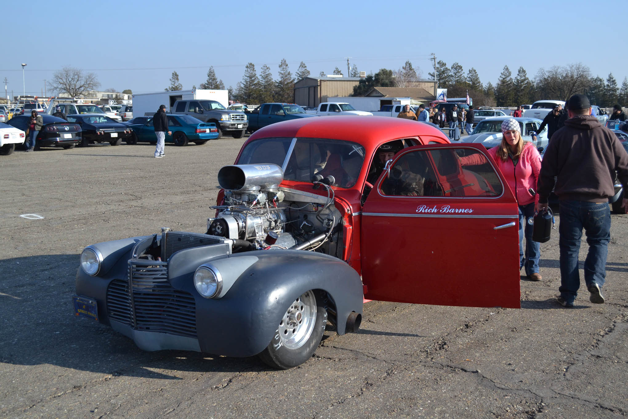 Later in the day, the 1940 Chevy of Rich Burns showed up to make some noise. Built in the 1980s, the coupe featured a 8-71 blown 515ci Donovan on gas, along with a 200hp plate nitrous system. Rich's 8-second coupe took a wild ride at the eighth-mile, where it crossed about three lanes before Rich pedaled it and got back in it.