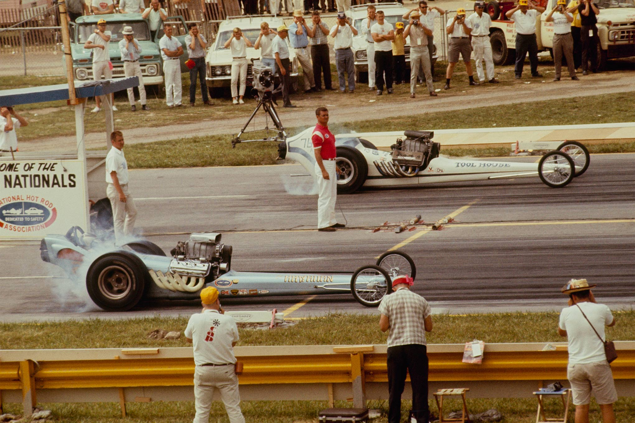 Don Prudhomme beat Larry Posluszny's Tool House dragster out of Detroit, in Round 1 eliminations at the 1965 NHRA Nationals at Indy, with a 7.81 at 200.88 mph against Posluszny's 8.01 at 201.78 mph.