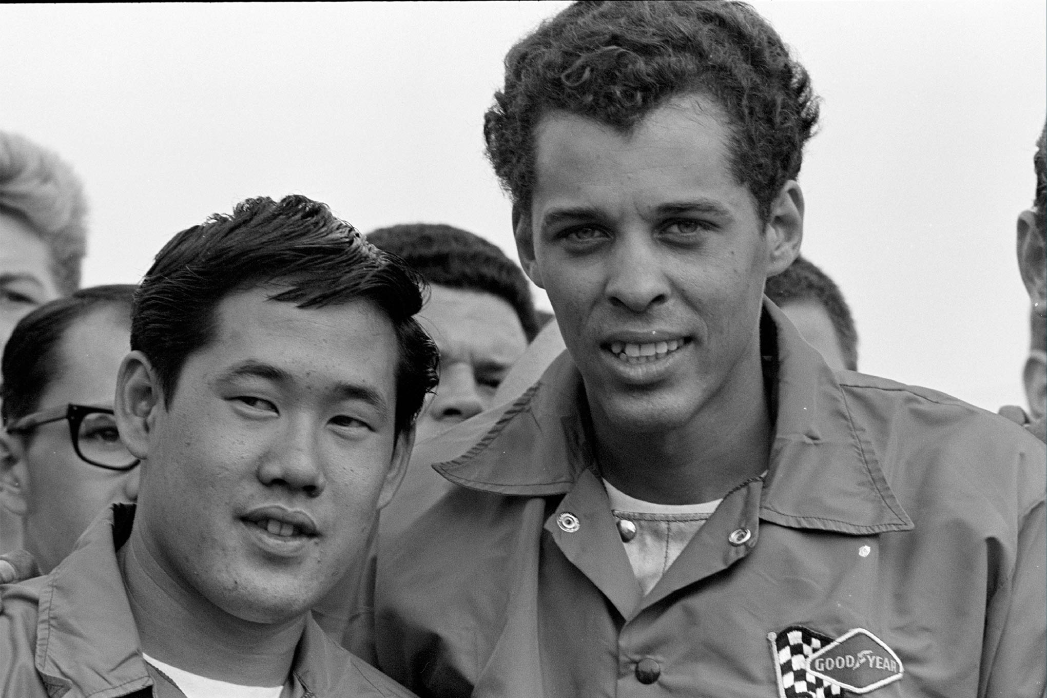 Leong and Prudhomme between rounds at the 1965 NHRA Nationals at Indianapolis.