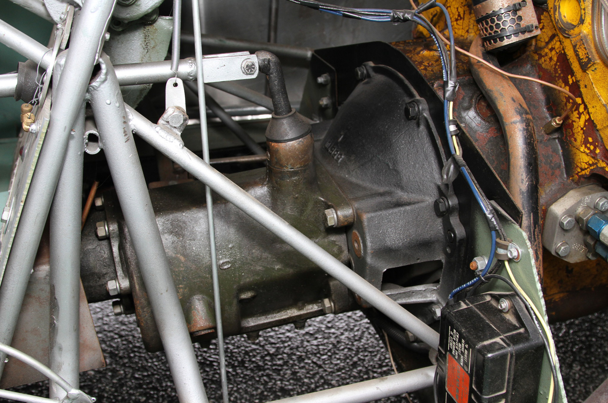 While searching through the parts that Jeanne Canepa's father, Don, had stored, Joe happened upon the original LaSalle transmission that was in the '37 before Glenn switched to the Hydramatic. He cleaned up the LaSalle transmission and added a Reverse gear before putting it back behind the Olds engine.