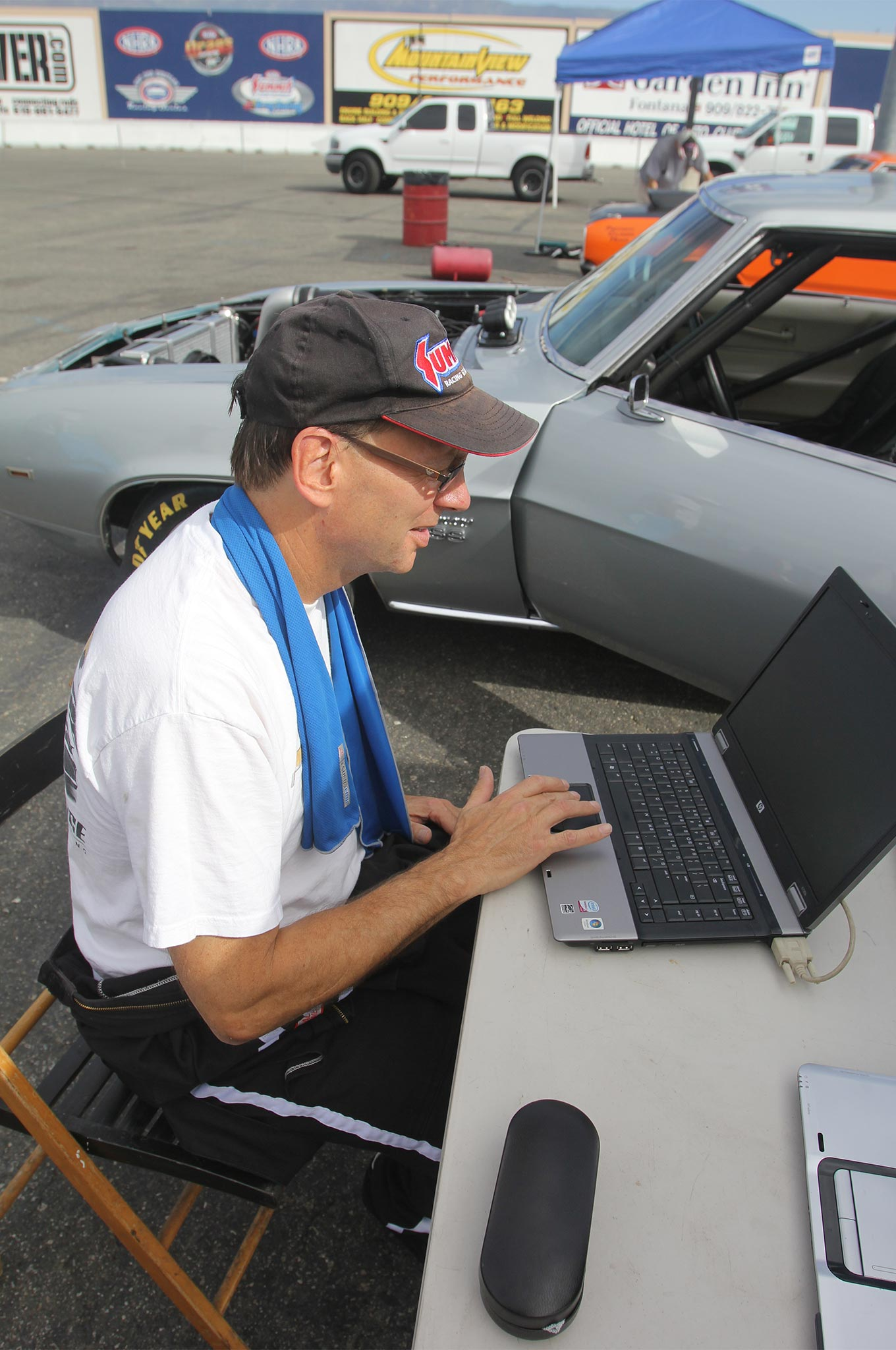 The CAS system is extremely engine-friendly with near zero between-round maintenance, other than changing bottles. Here, Staggemeier is downloading the previous run from the data logger. This particular day at Fontana was 90-plus degrees, but the engine was running on below-freezing inlet air because it carries its own atmosphere. Think about that on a hot, humid August race day in Houston!