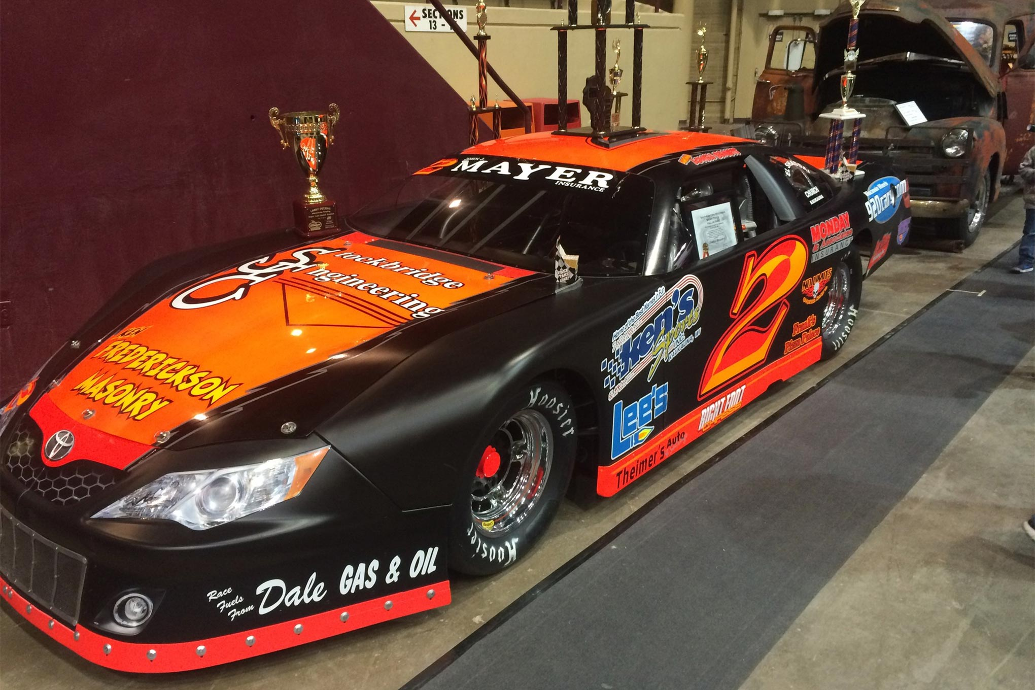 Lowell Bennett is the defending Champion at Wisconsin International Raceway.  He's also won titles at Slinger Speedway and in the MARS touring series.