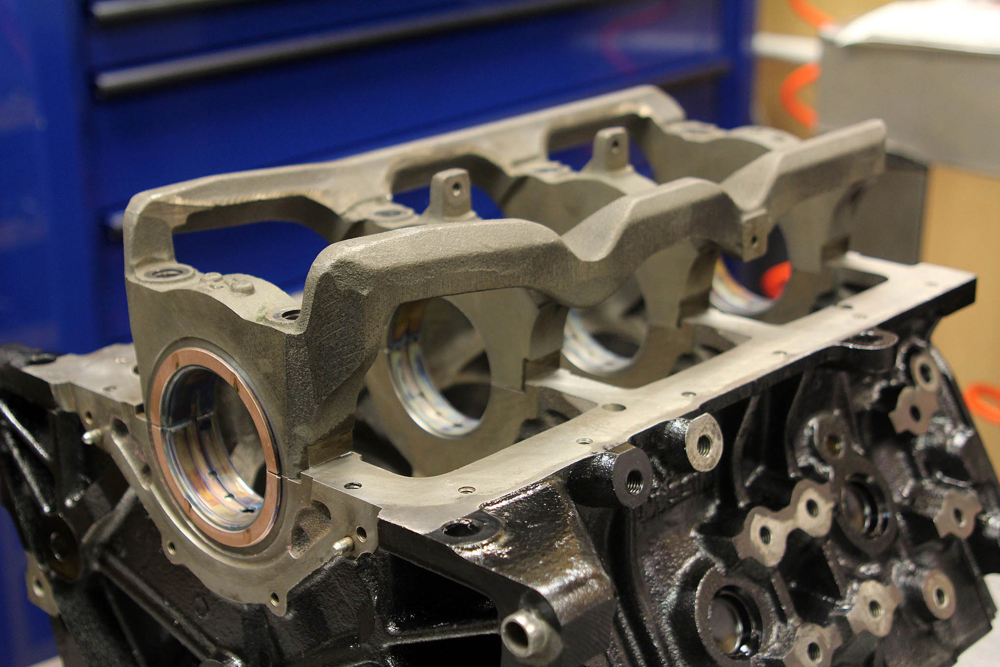 The basis of the engines used in the Pro Six class Nissan's VG30E block, which appeared in everything from pickup trucks, to minivans and even the 300ZX throughout most of the 1990's. As you can see, the design features an iron block with one-piece main cap assembly, and racers we've talked to say the bottom end is virtually bulletproof.