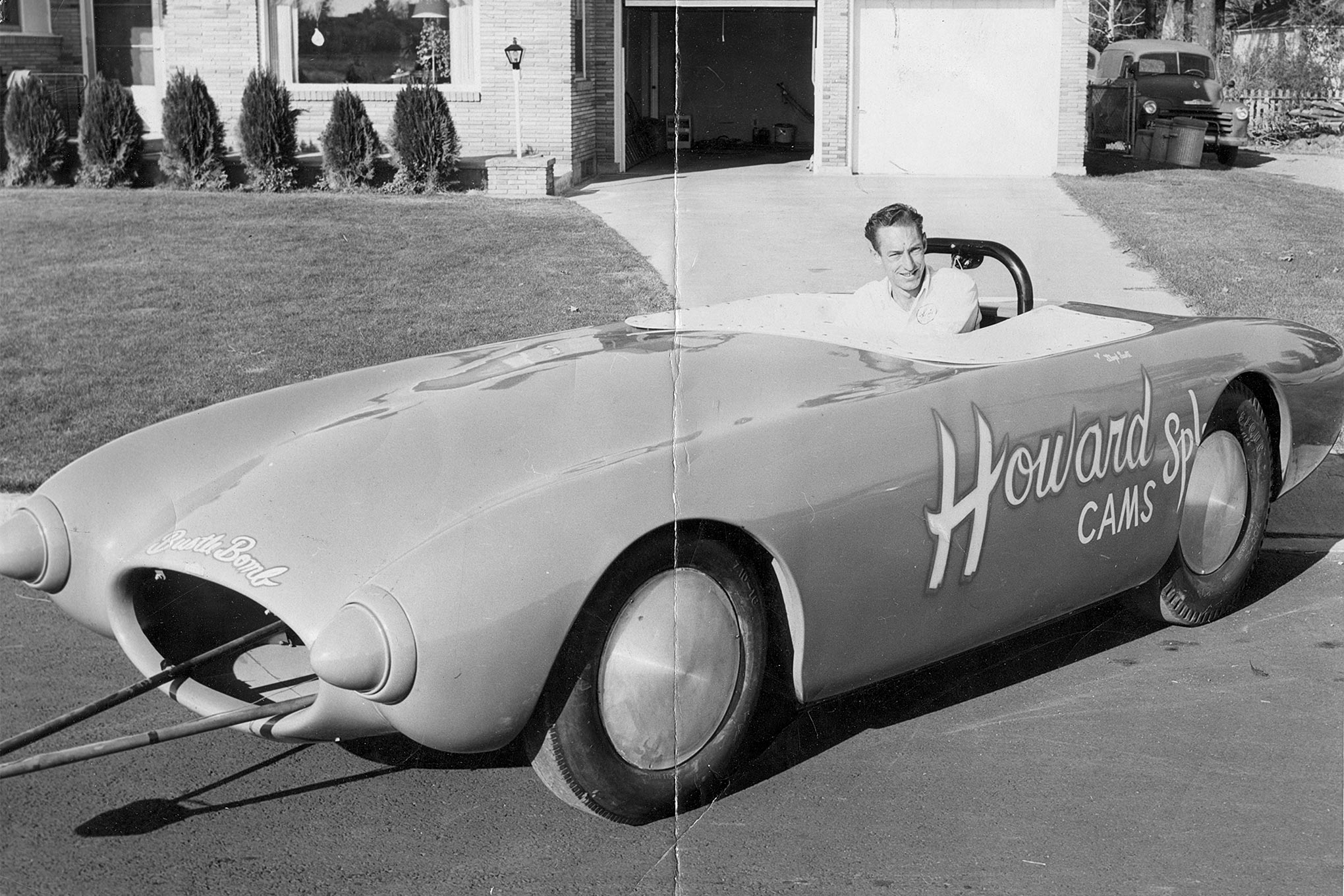 Scotty painted and remounted the Meteor SR1 body when he returned to Spokane. This was in preparation for the Spokane Auto Show in November 1958. Presumably, the car never ran with the body. At the very least, the Oldsmobile engines would've sprouted through the bodywork. The Chevrolets he tried earlier didn't; they're much smaller.