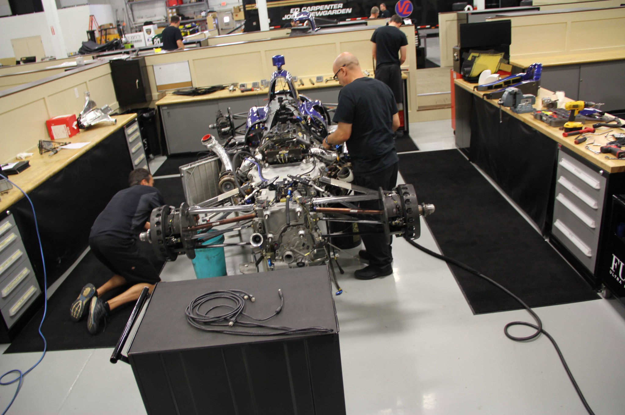 All chassis used by Carpenter are from Dallara. Note the carbon-fiber suspension arms.