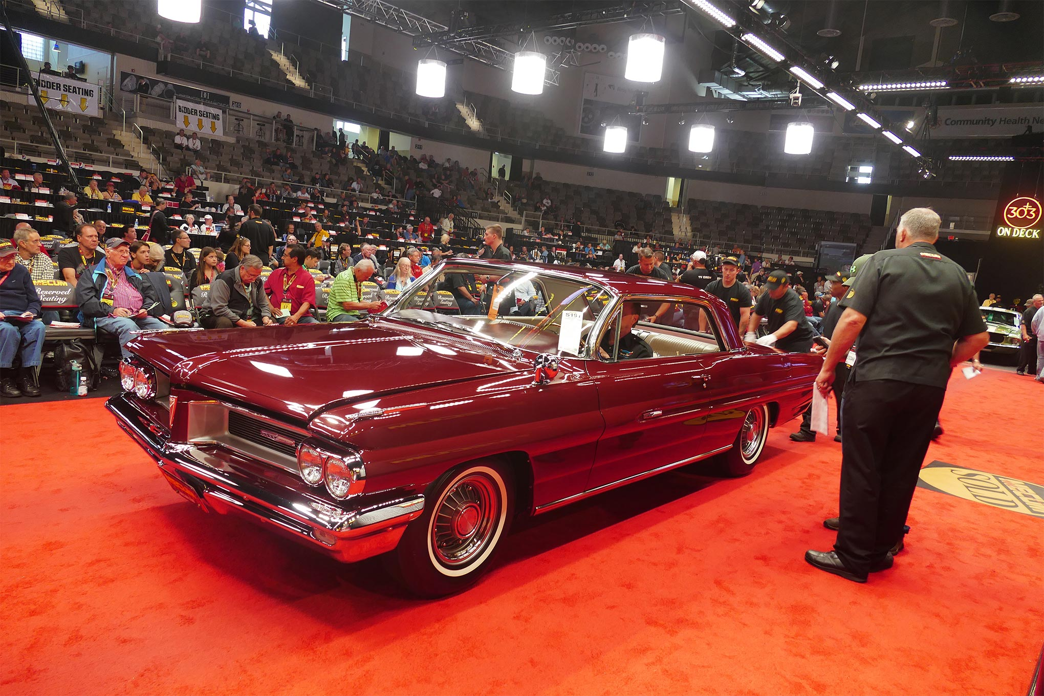 Pontiac fans got an eyeful with this special Super Duty Grand Prix from 1962, but even $325,000 was not enough to take it home.