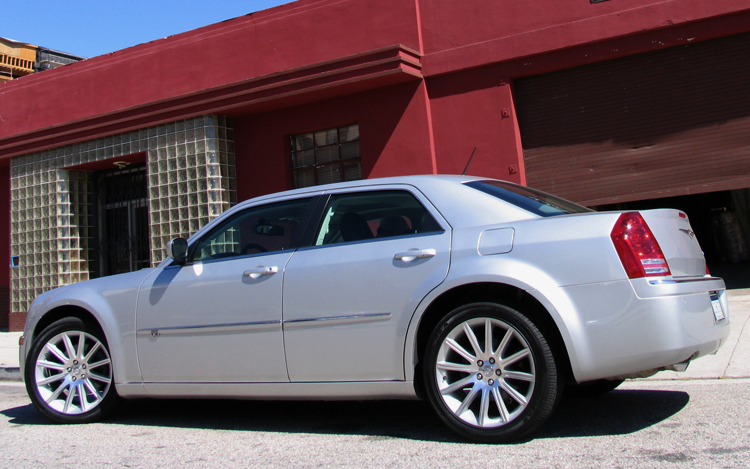 2008 chrysler 300c quick drive motor trend. Black Bedroom Furniture Sets. Home Design Ideas