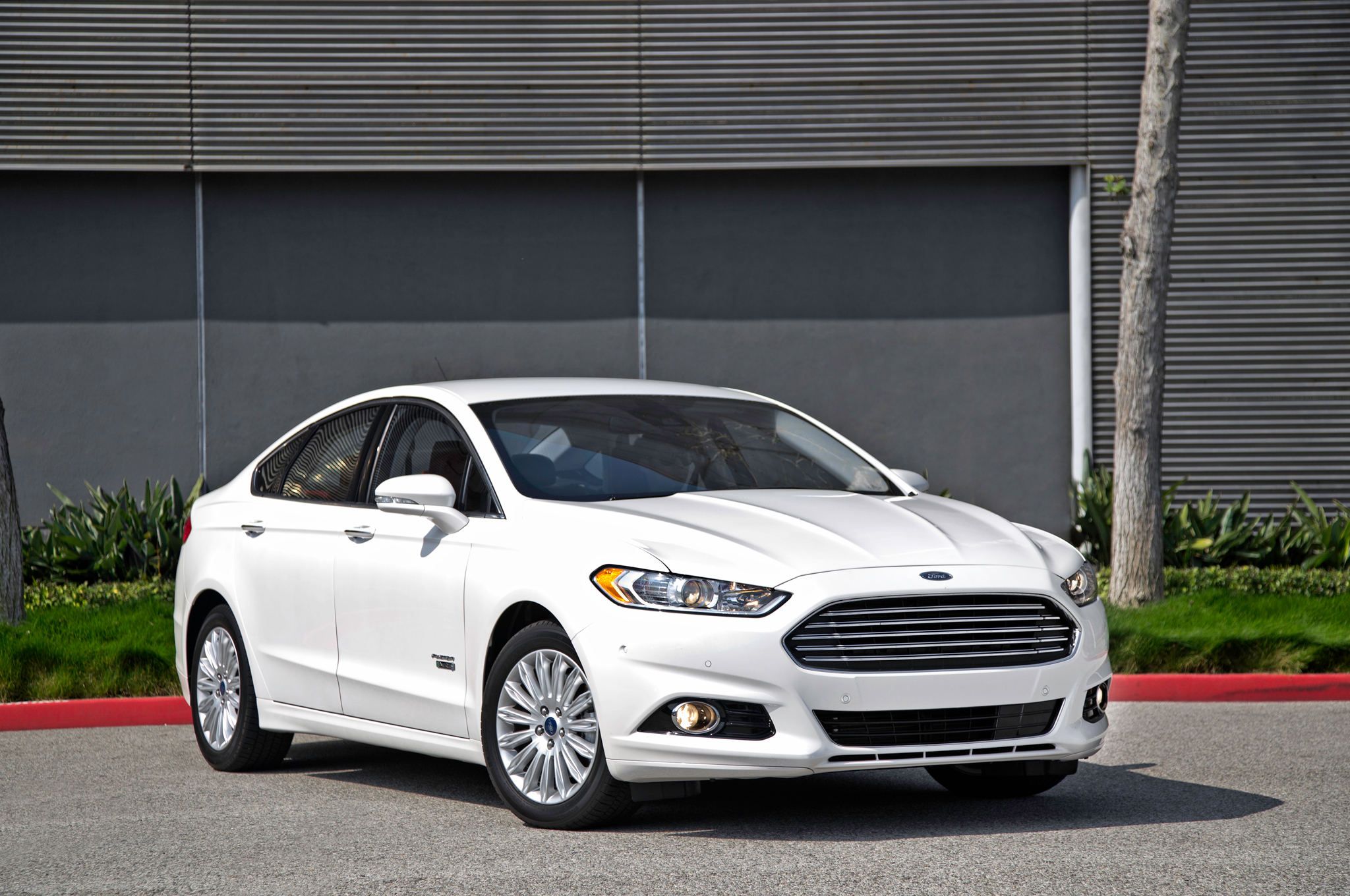 2014 Ford Fusion Energi Phev First Test Motor Trend Paint Color Chart