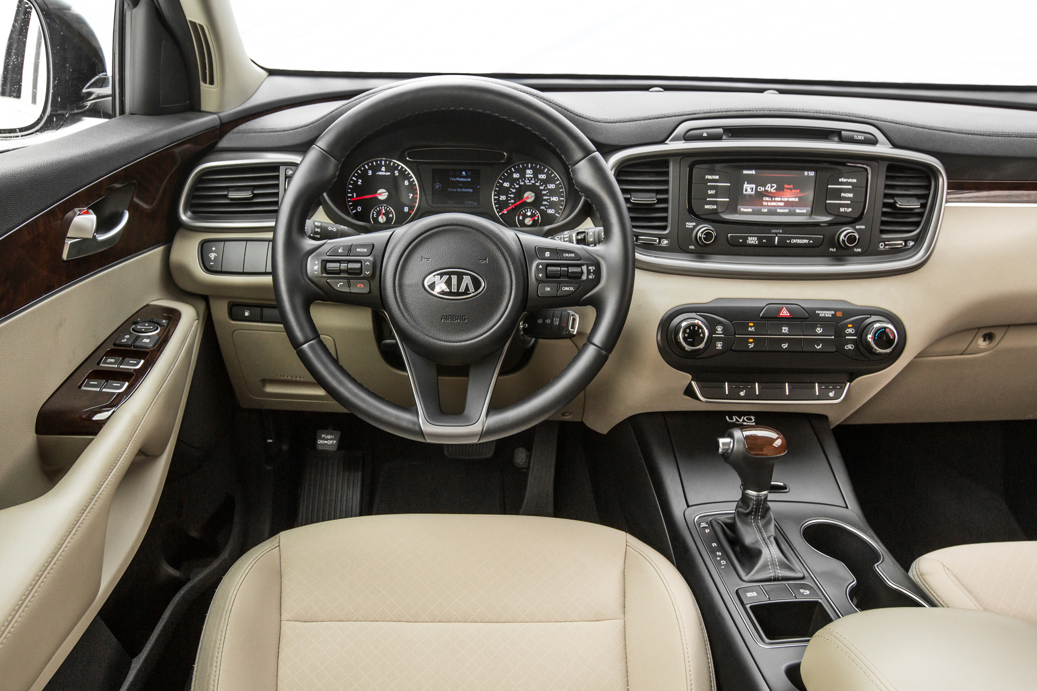 Inside the 2016 Kia Sorento LX FWD I-4