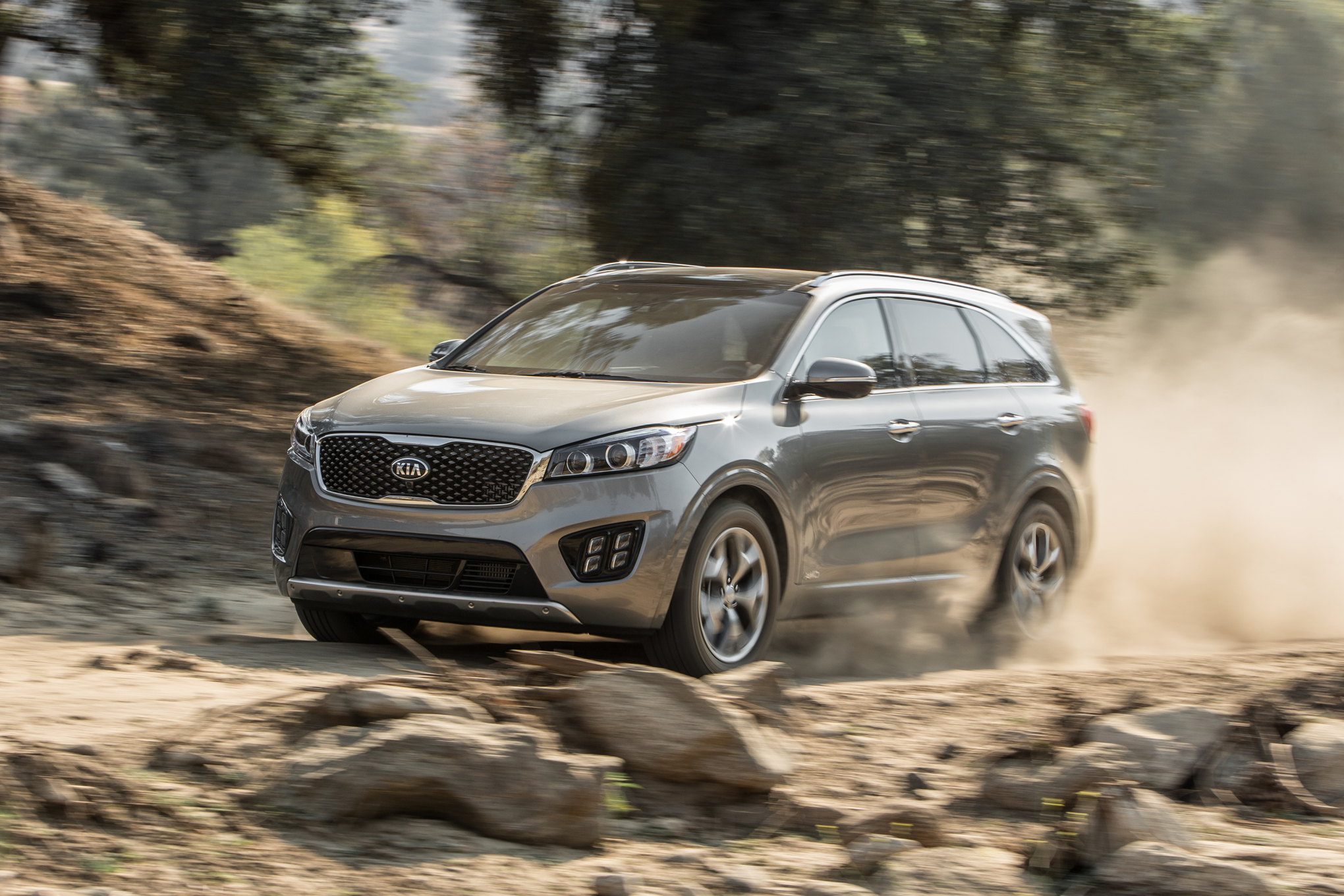 The 2016 Kia Sorento SXL AWD (turbo-four)
