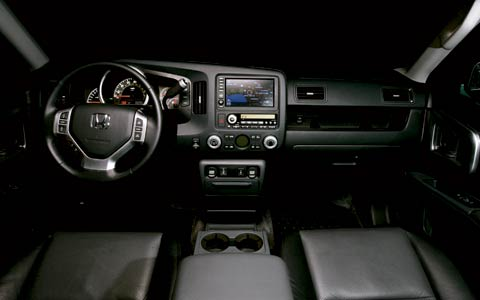 2006 honda ridgeline road test review motor trend. Black Bedroom Furniture Sets. Home Design Ideas