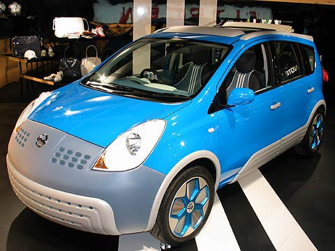 Nissan Note inspired by Adidas<a href=