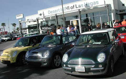 mini vacation in vegas 2006 enthusiast event coverage motor trend. Black Bedroom Furniture Sets. Home Design Ideas