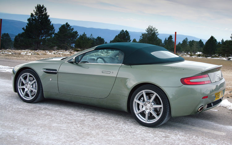 2007 aston martin v8 vantage roadster first drive motor trend. Cars Review. Best American Auto & Cars Review