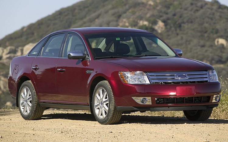 2008 ford taurus first drive motor trend. Black Bedroom Furniture Sets. Home Design Ideas