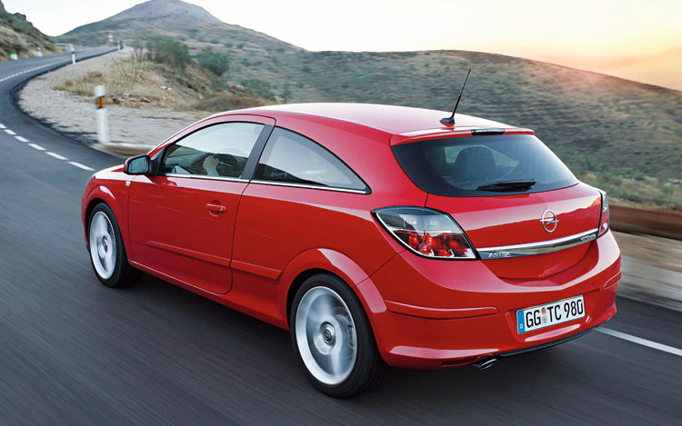 2008 saturn astra preview drive motor trend