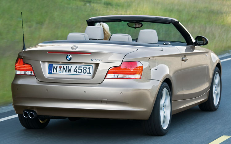2008 bmw 1 series convertible first look motor trend. Black Bedroom Furniture Sets. Home Design Ideas