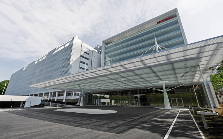Nissan 39 s eco friendly engineering center opens in japan for Motor city auto center